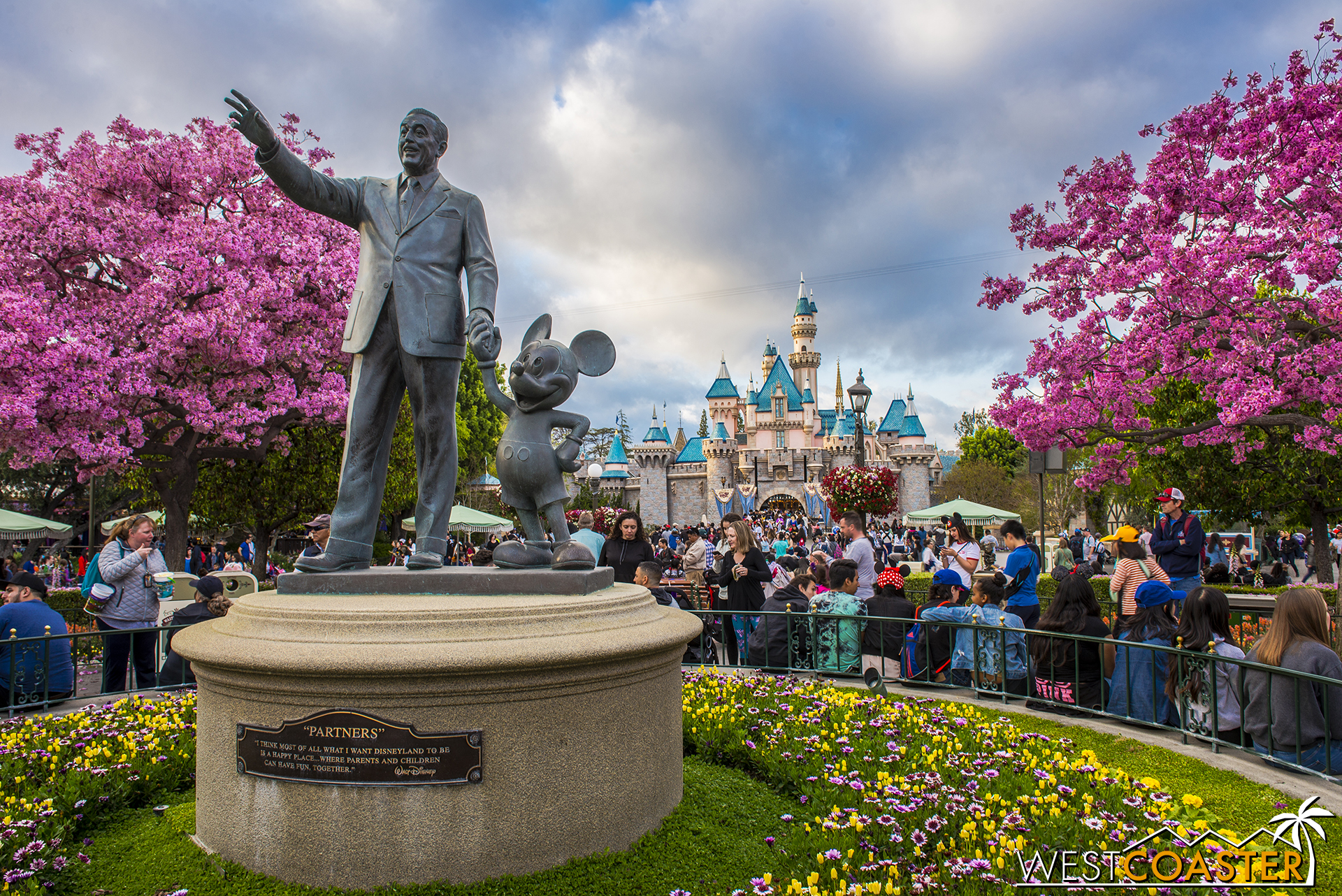 One more day shot of Walt and Mickey.