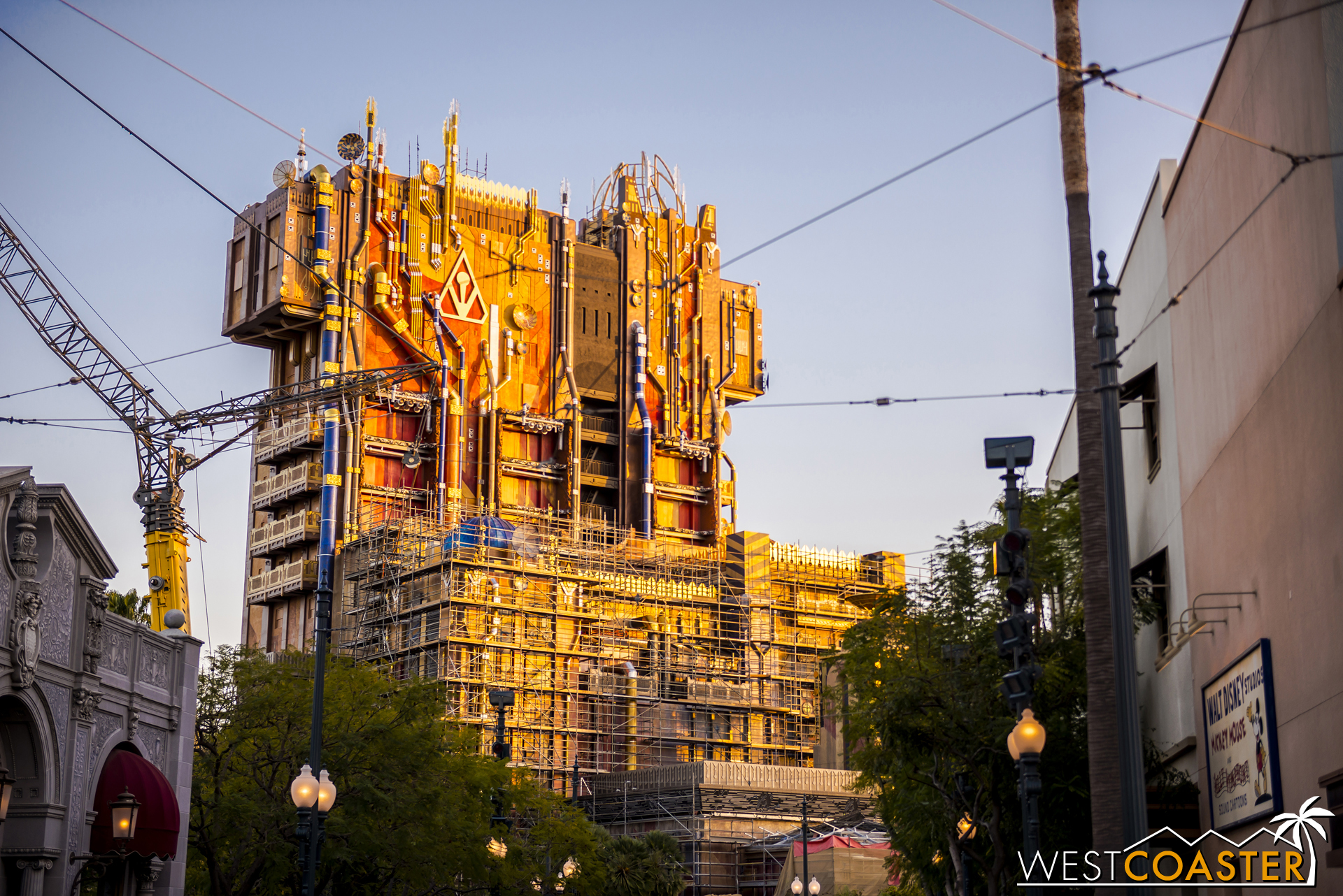 "And an especially scathing, ""What a lazy excuse for a ""new"" ride... They turned The Tower Of Terror into a heap of Garbage... it looks like hell all over the resort., 👎🏻"""