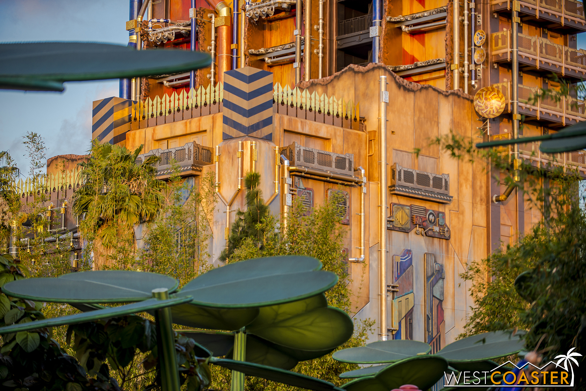 Over on the Bug's Land side, they've added these nifty caution stripes to warn guests not to look at the tower too closely, lest their eyeballs explode from the over-the-top exterior theming and render their eye holes smoldering ruins of chromatic diarrhea.