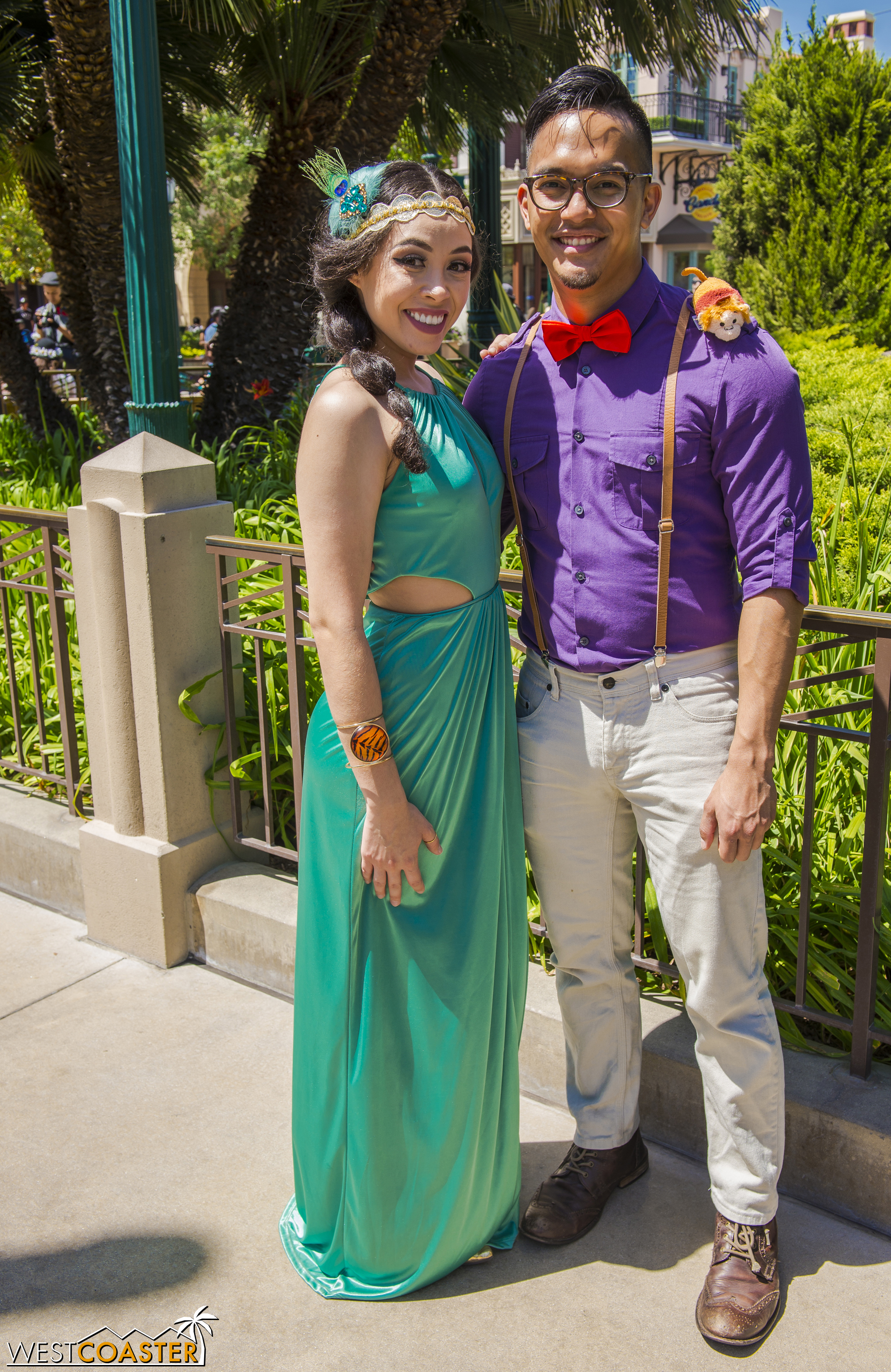 This Jasmine and Aladdin couple showcased the range of Disneybounding, from more ornate to derivative.
