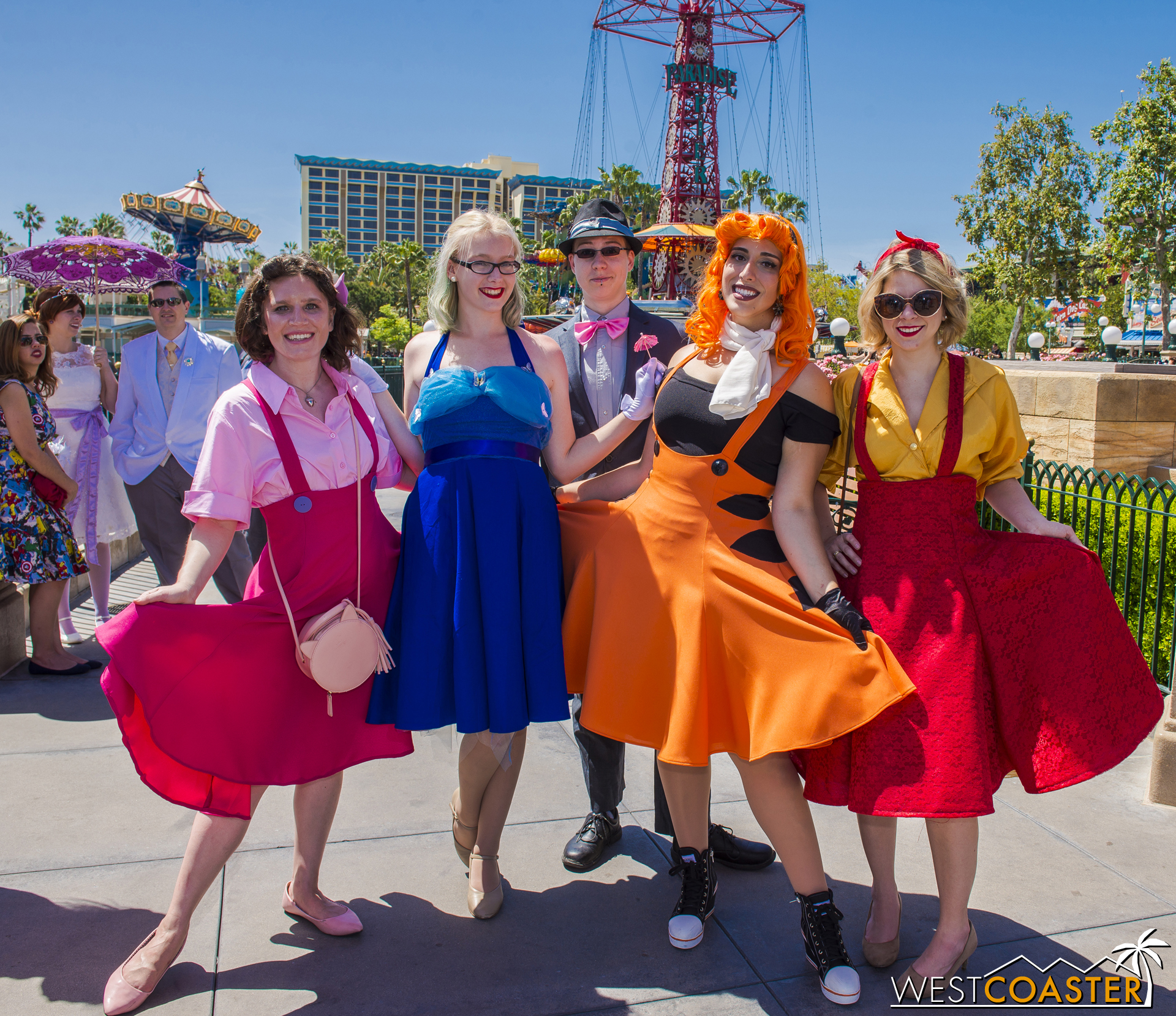 Sometimes, groups get mixed up, like this Winnie the Pooh trio (Piglet on the left, Tigger and Winnie as the two on the right) joined by guests.