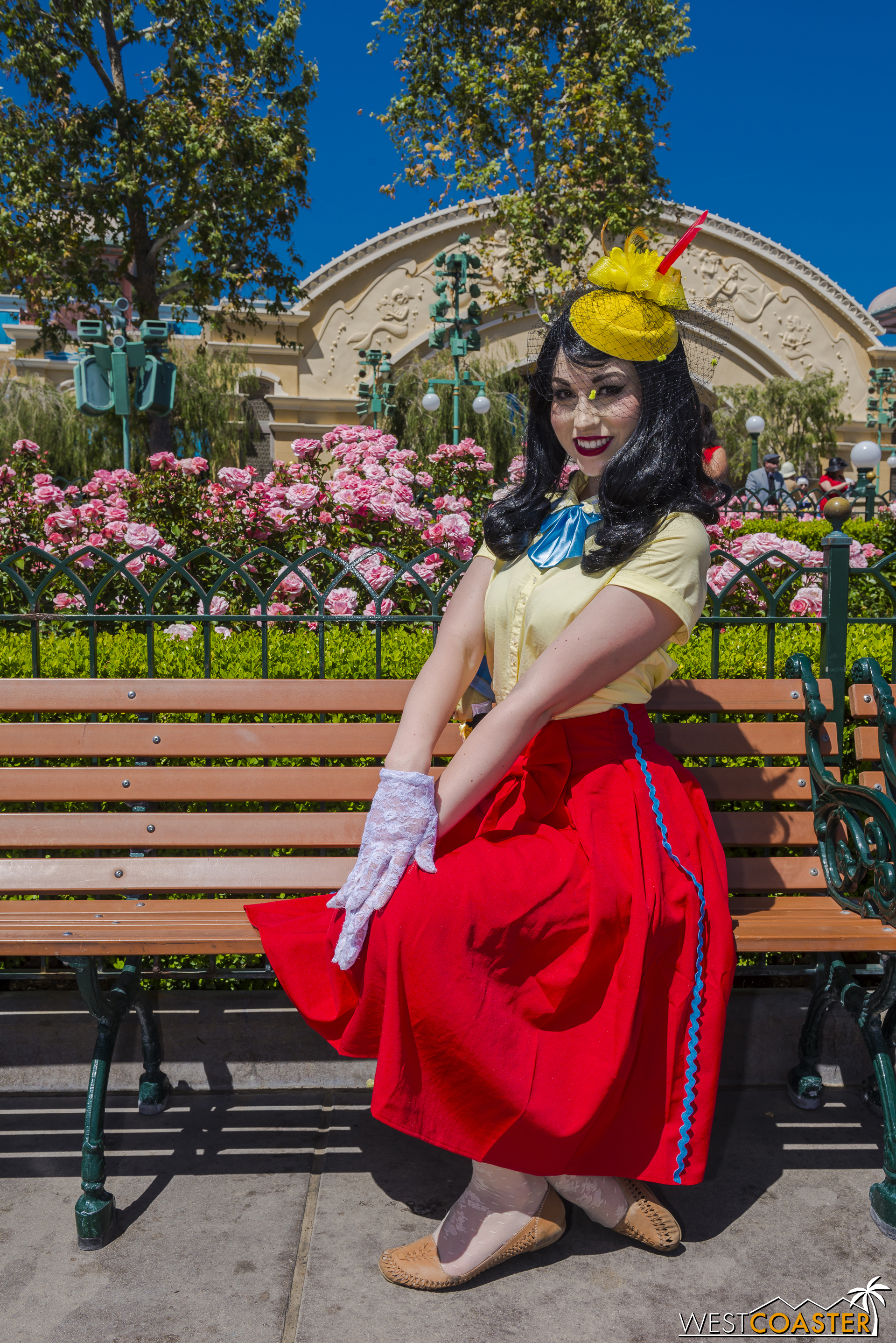 Gender bend Disneybounds are common too, like this Pinocchio.