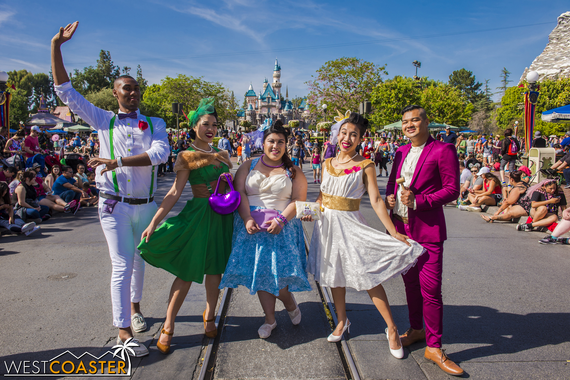 After vanquishing Zurg (but somehow sparing Lotso), this  Toy Story  Disneybound group was complete--including Spanish Mode Buzz Lightyear (  @Disneyland_Over_Everything   on Instagram).