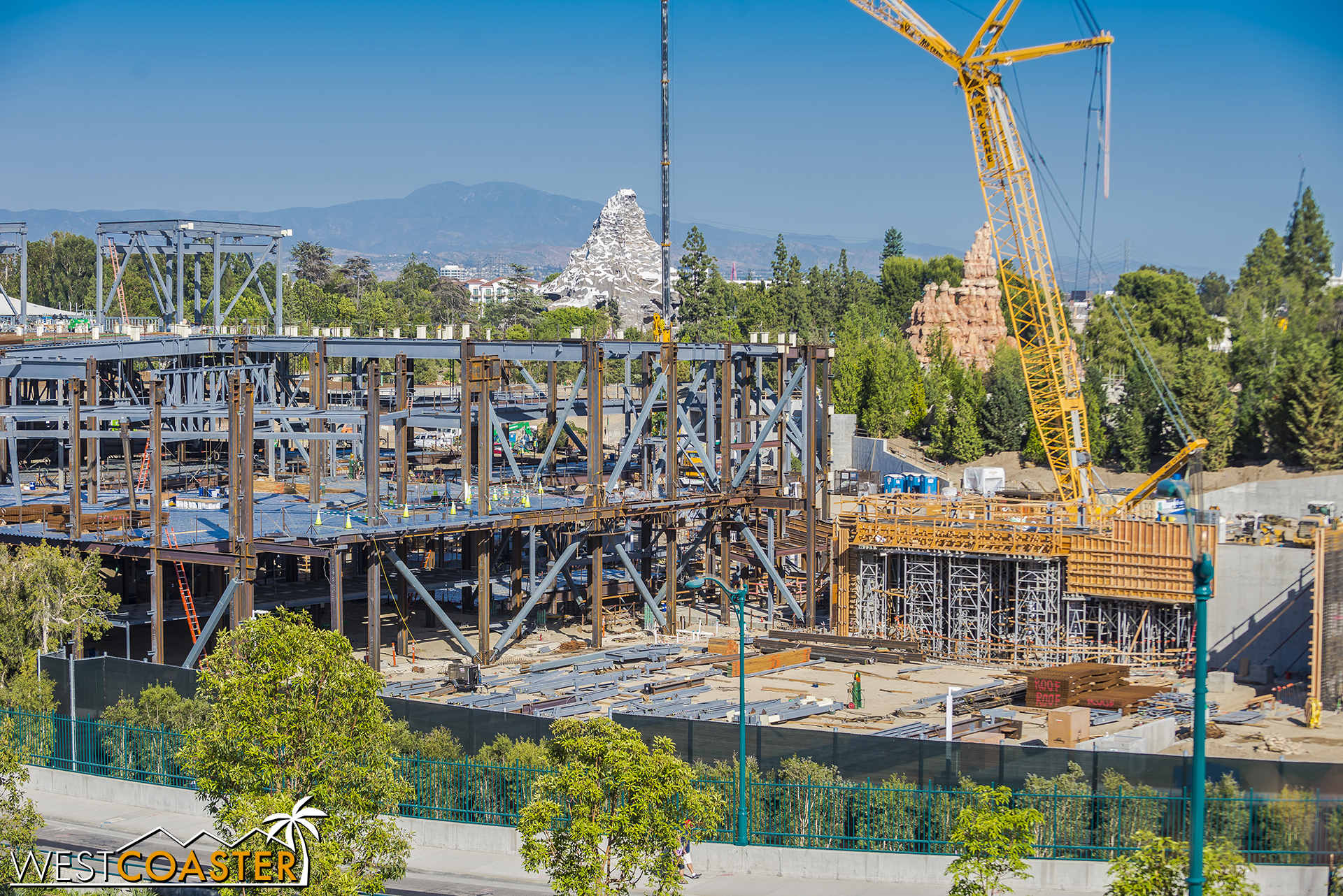 More steel has gone up, and the concrete portions continue to get formwork set up and have concrete actually cure.