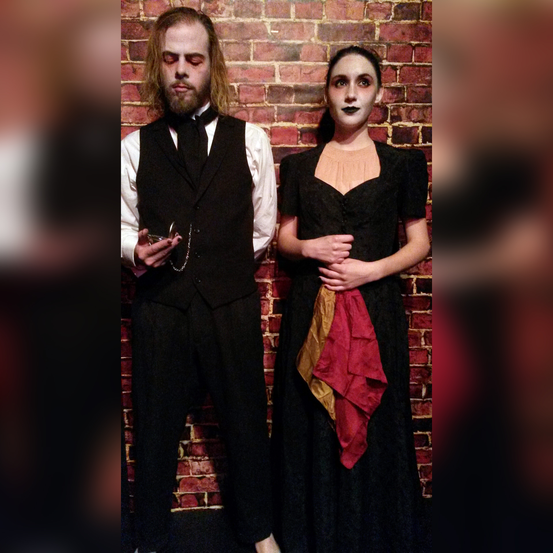 Jason Britt and Michelle Danyn pass the time in  Blood Alley 3  before culminating in a disturbing climax to the scene. (Image courtesy of Zombie Joe's Underground Theatre.)