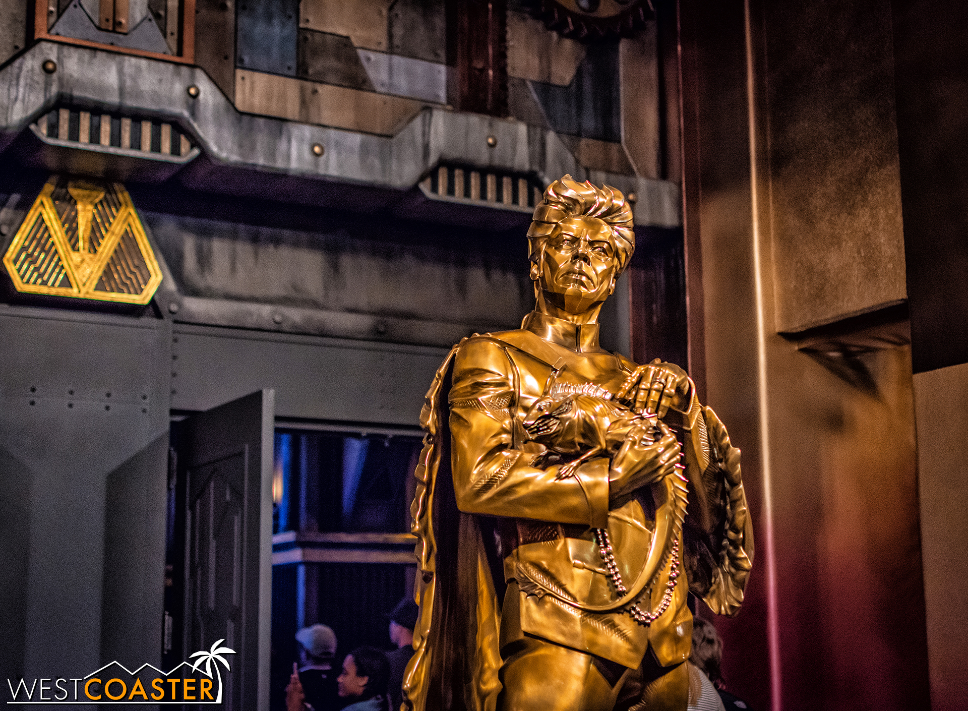 A golden statue of Taneleer Tivan stands guard at the entrance.  (Photo courtesy of Brandon Joseph of   DizFeed  .)