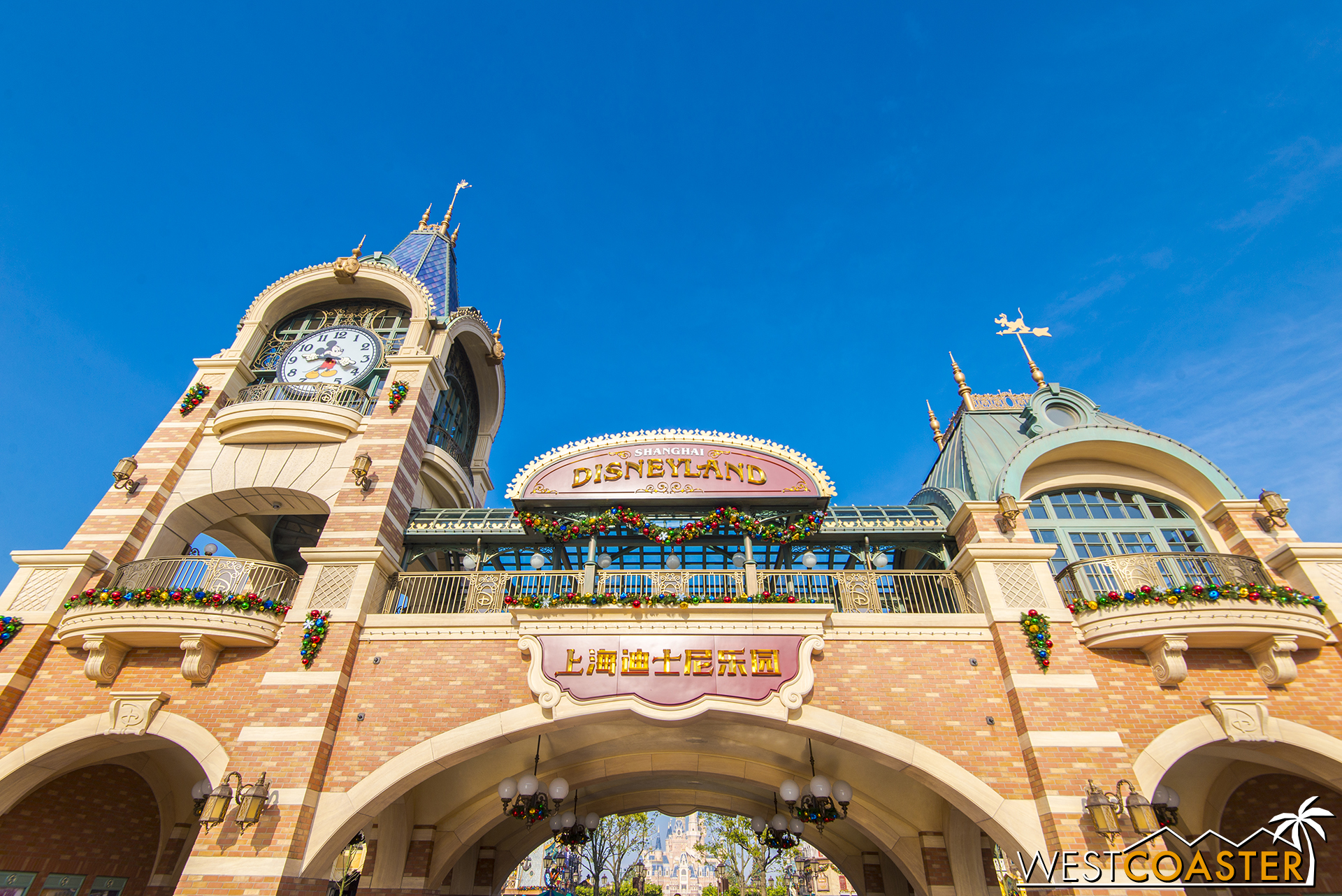 This archway into Mickey Avenue proper may look like the train station, but there actually is no Disneyland Railroad in Shanghai Disneyland.