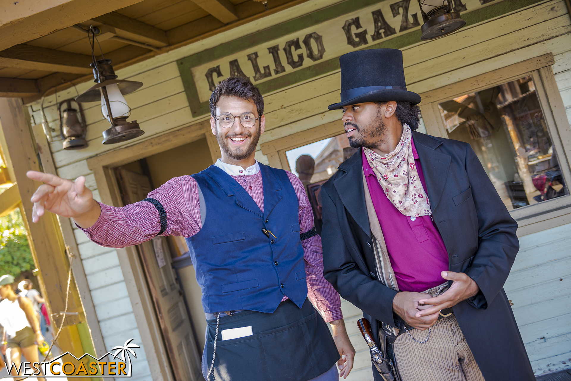 Bixby Knolls and Dilard Marsh conversate about the day's adventuresome events.