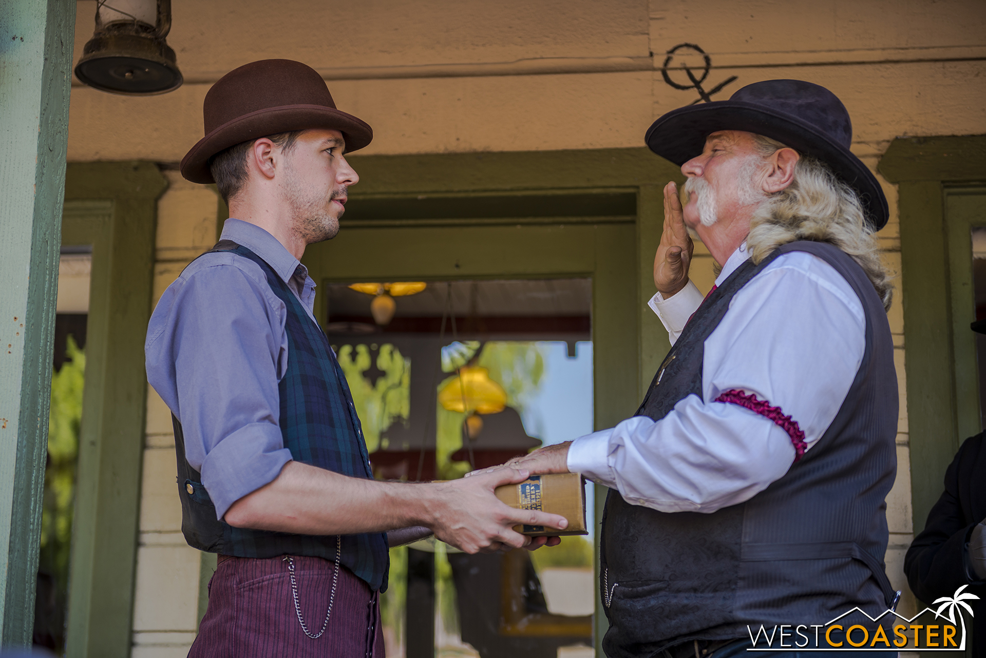 Clerk Storm swears Sheriff Wheeler in for another term.