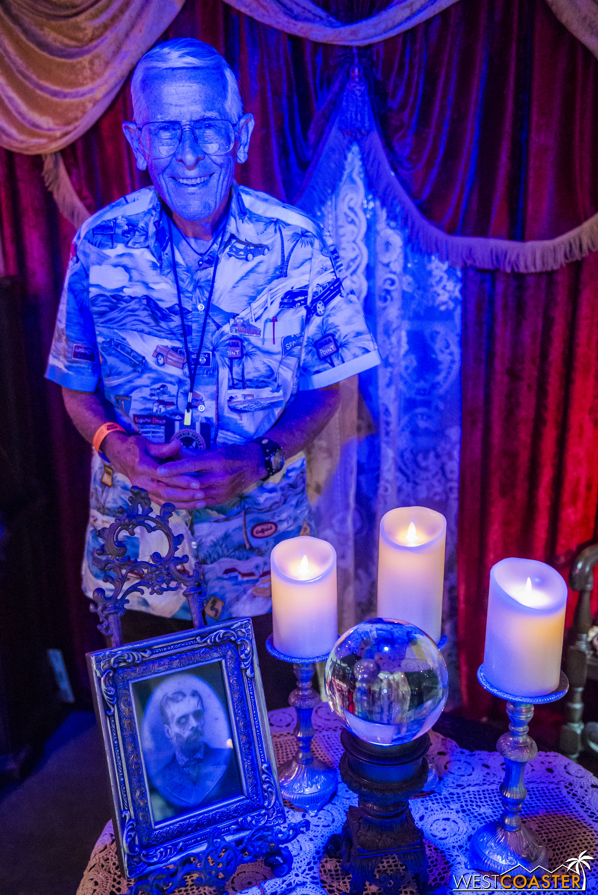 Legendary Walt Disney Imagineer Bob Gurr was on hand Sunday for a meet-and-greet and signing.