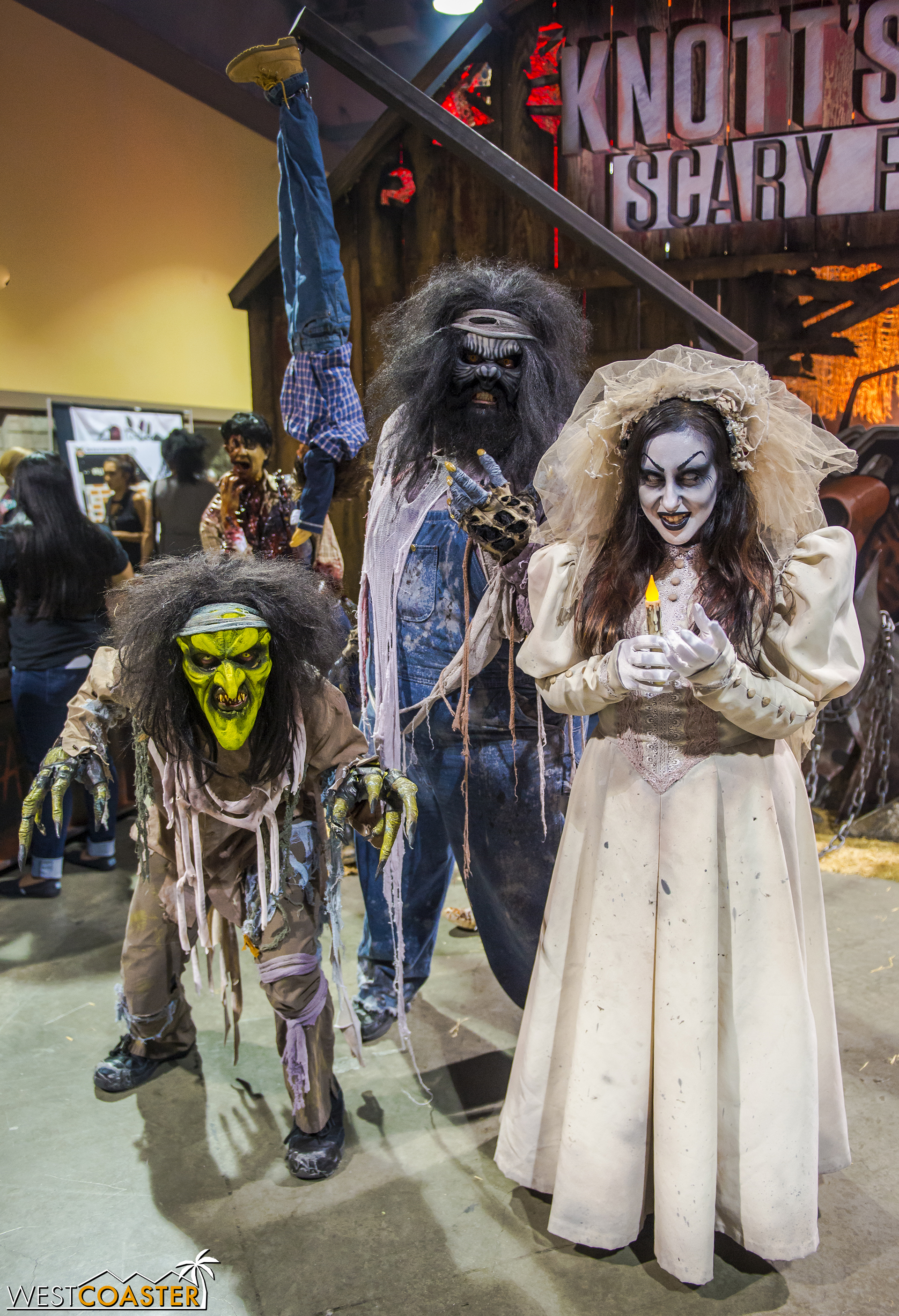 One of my favorite booths was the spectacular Knott's Scary Farm booth, complete with creepy monsters ready for photo ops... and soul stealing.