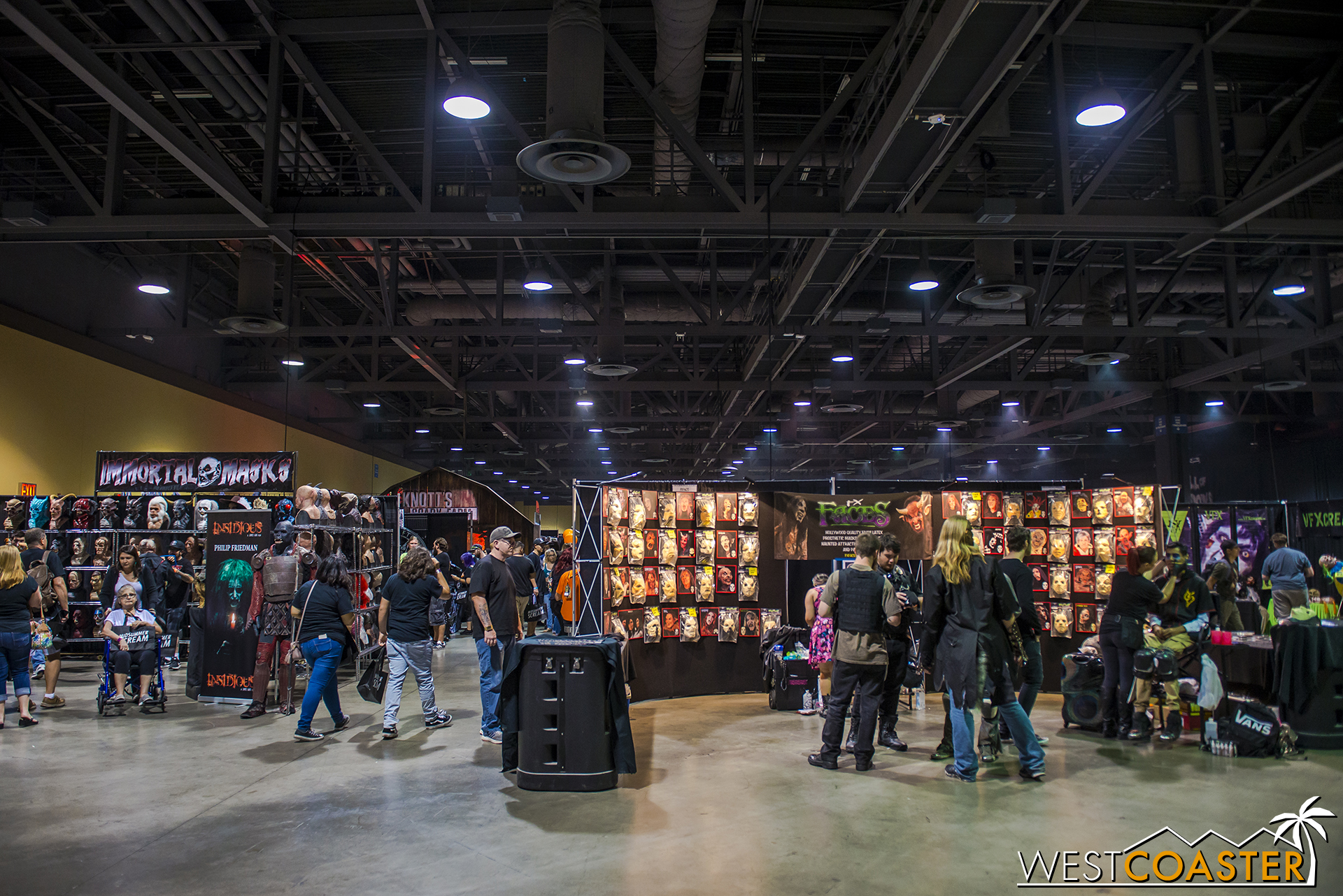Another year, another ton of vendors for all things horror and Halloween-related!