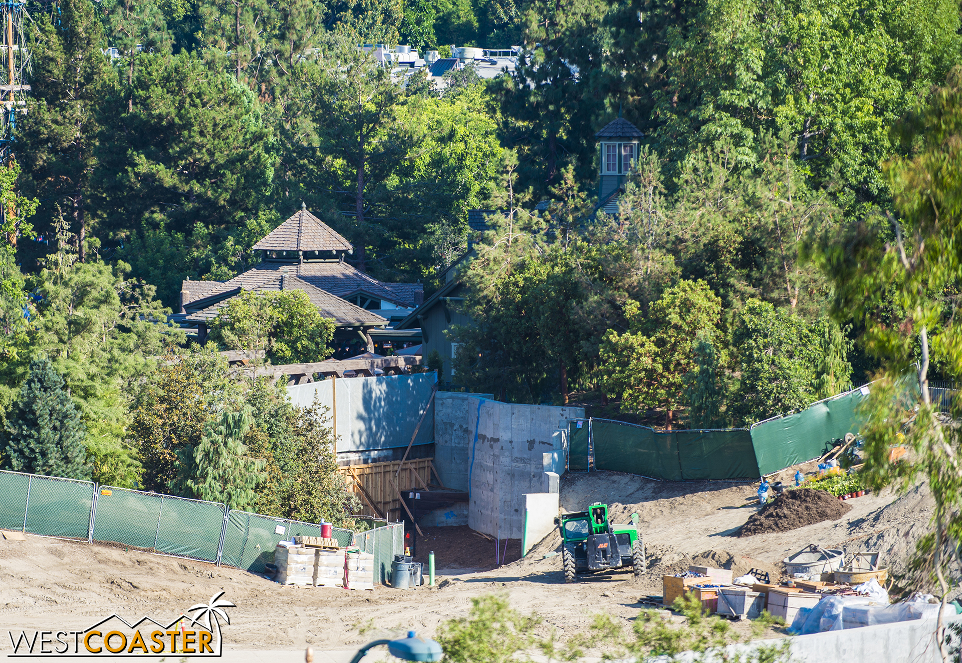 "The work walls have been moved to the line where they'll stay until ""Star Wars"" Land opens.  You'll see the other side of that wooden work wall further down."