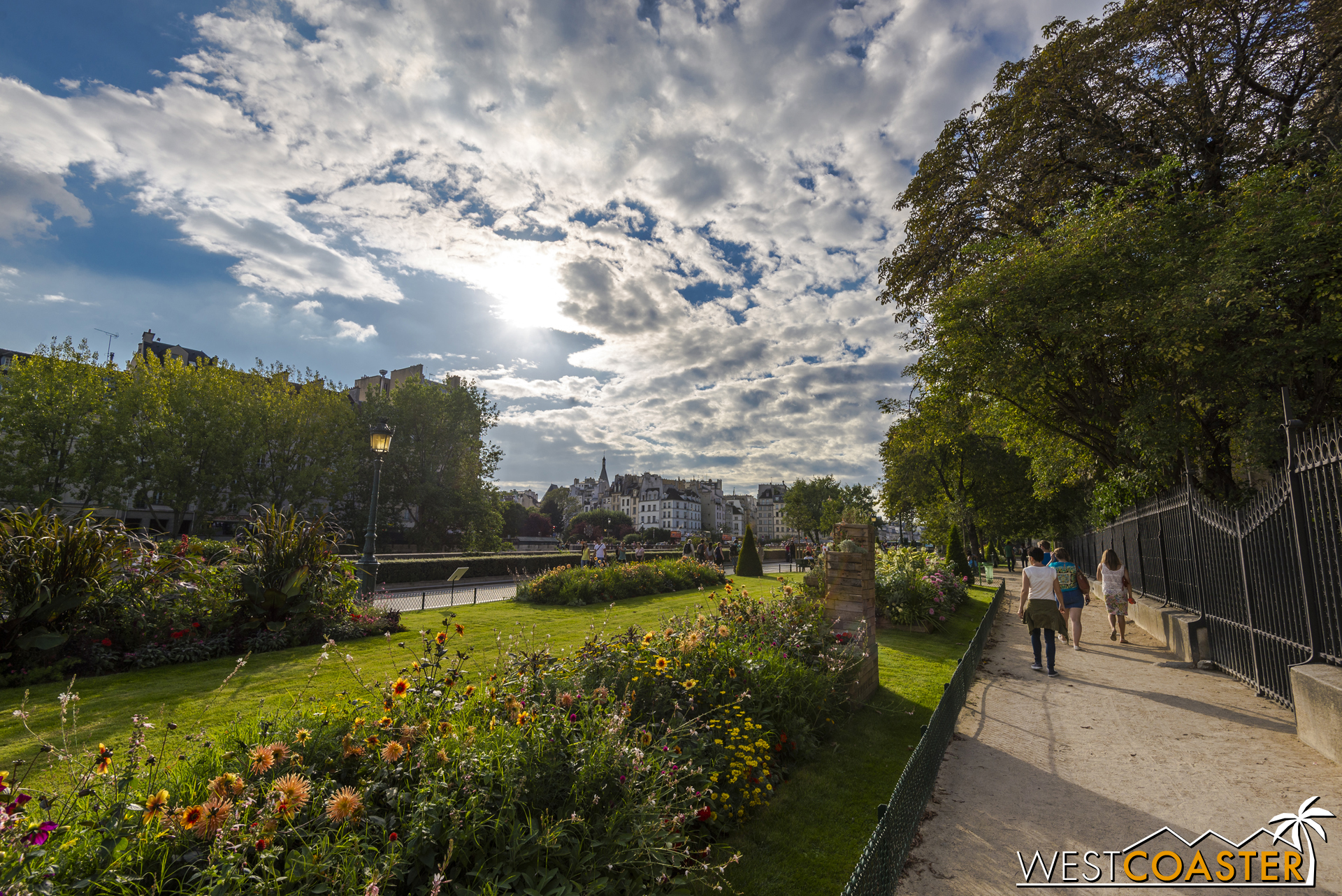 Paris-17_0809-0016.jpg
