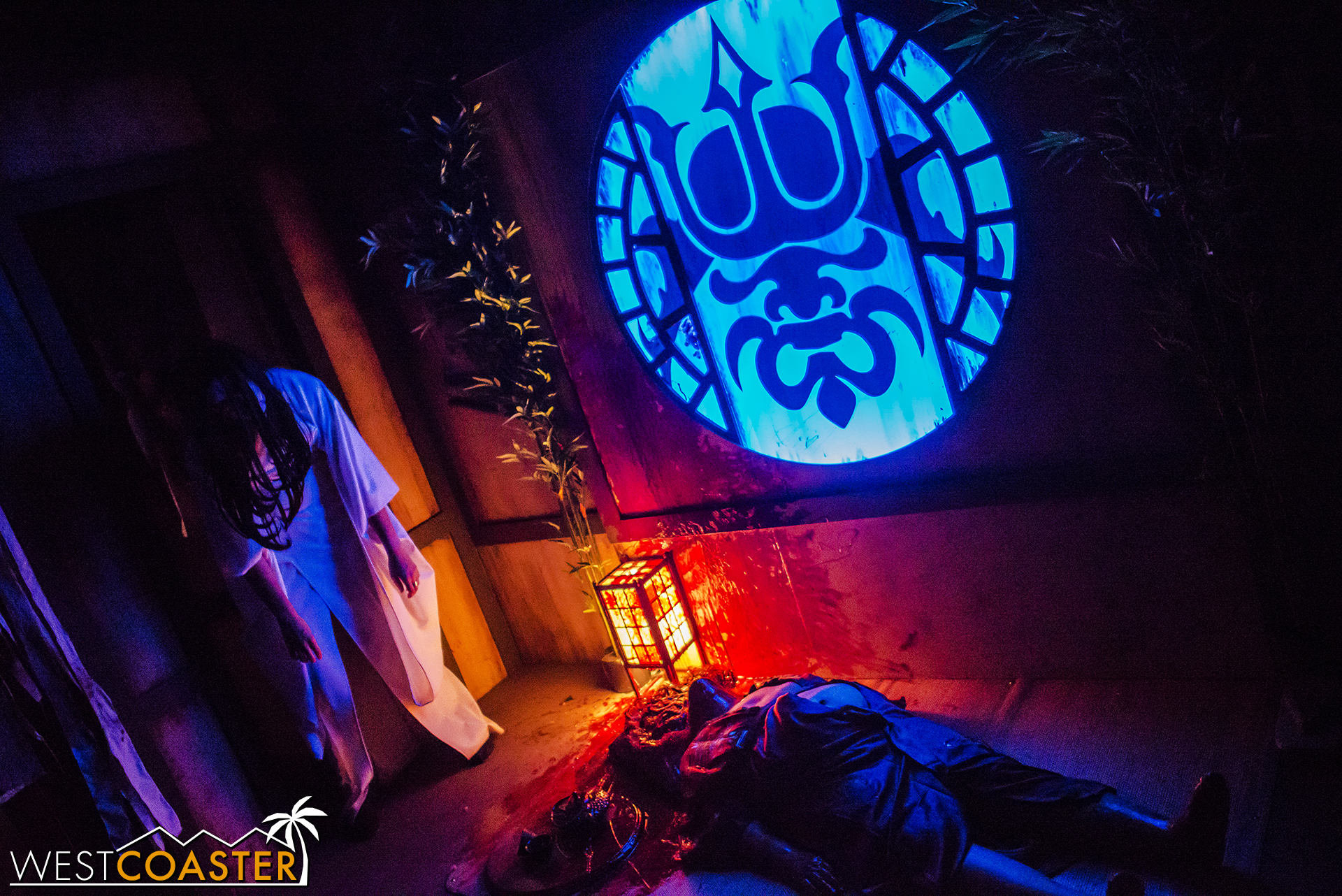 The incredible Shadowlands returns to Knott's Scary Farm this season.