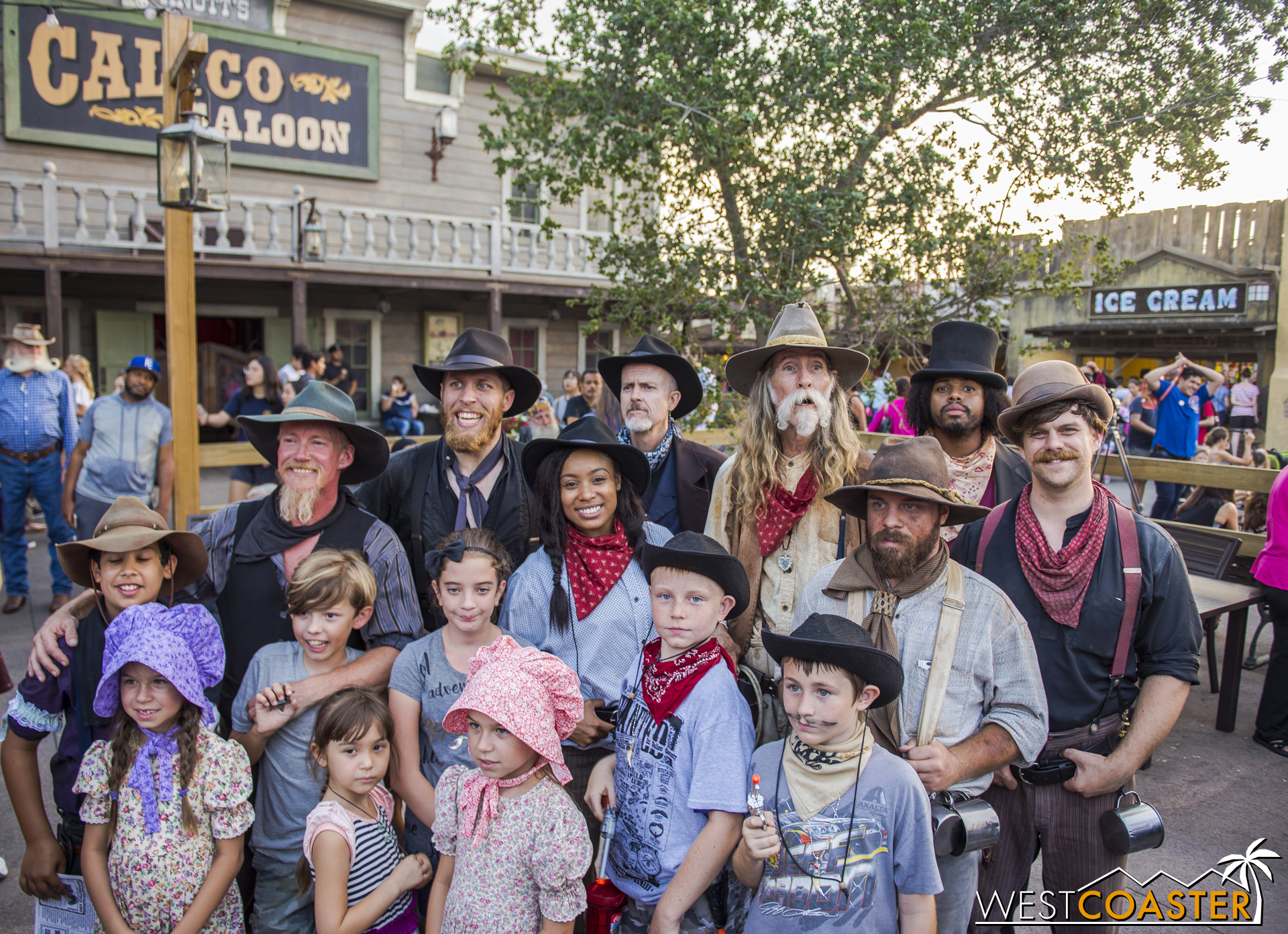 The Mayfield Gang (including newly discovered member Dillard Marsh) pose for a group photo with guests.