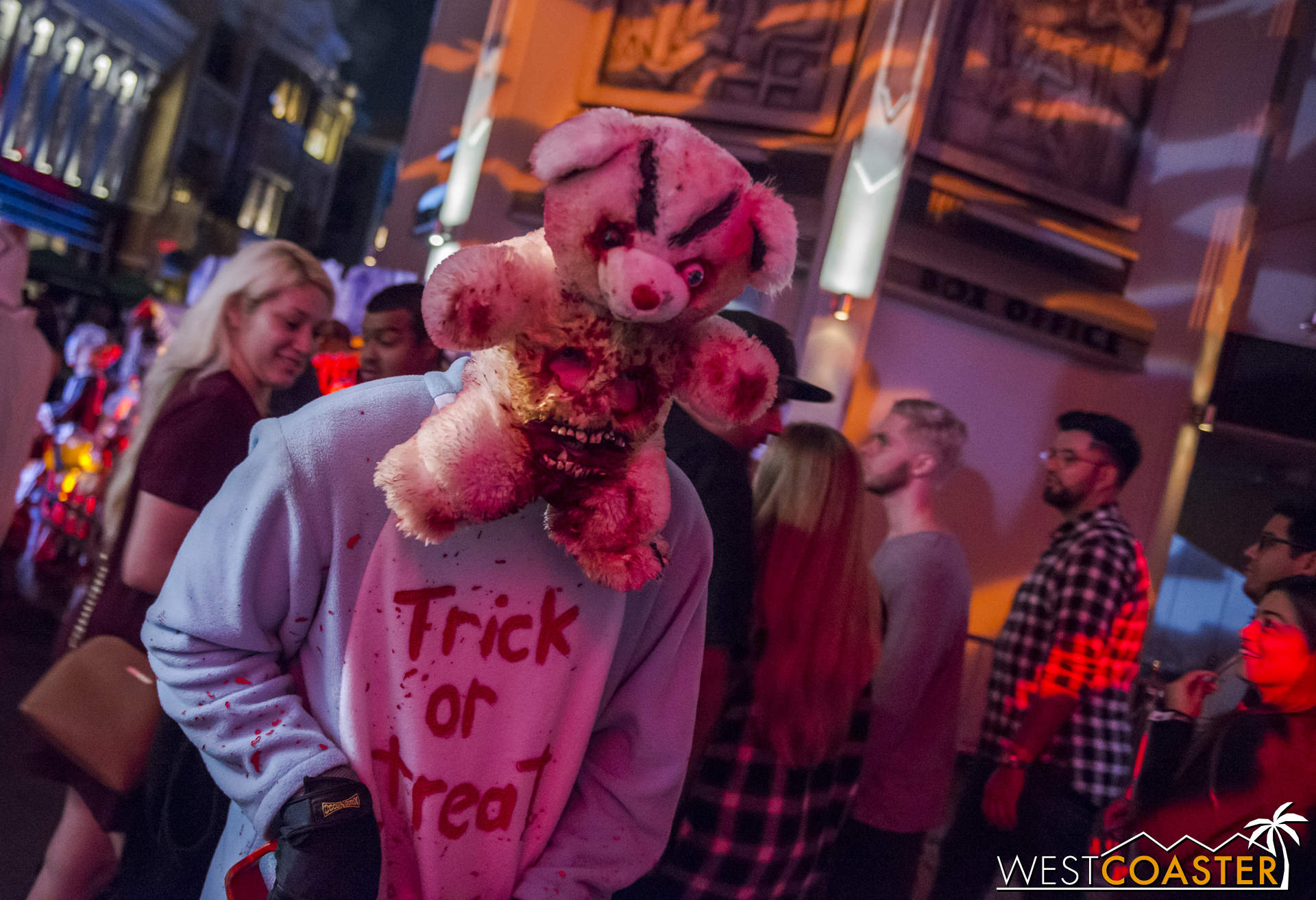 """This was one of my favorite street scareactors at """"Scare Zone 1."""""""