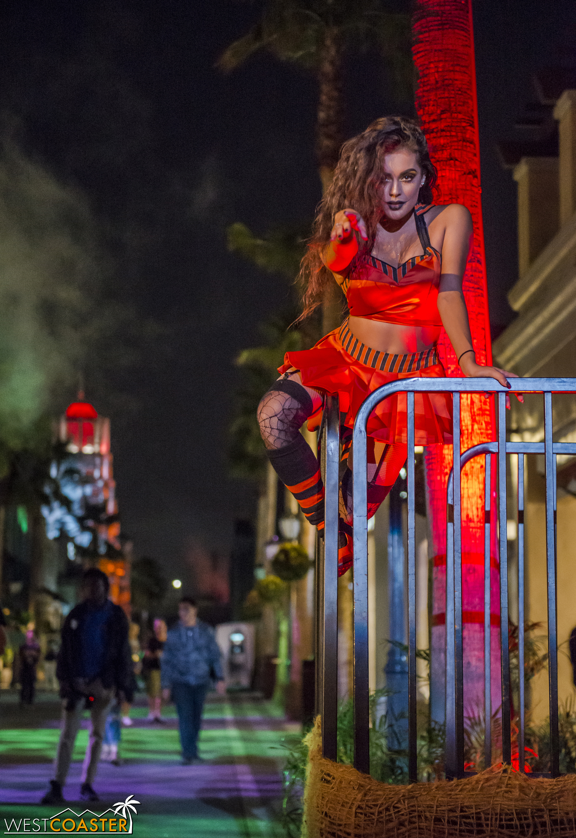 """Of course, """"zhe dancing girls"""" are always a welcome sight at Horror Nights!"""