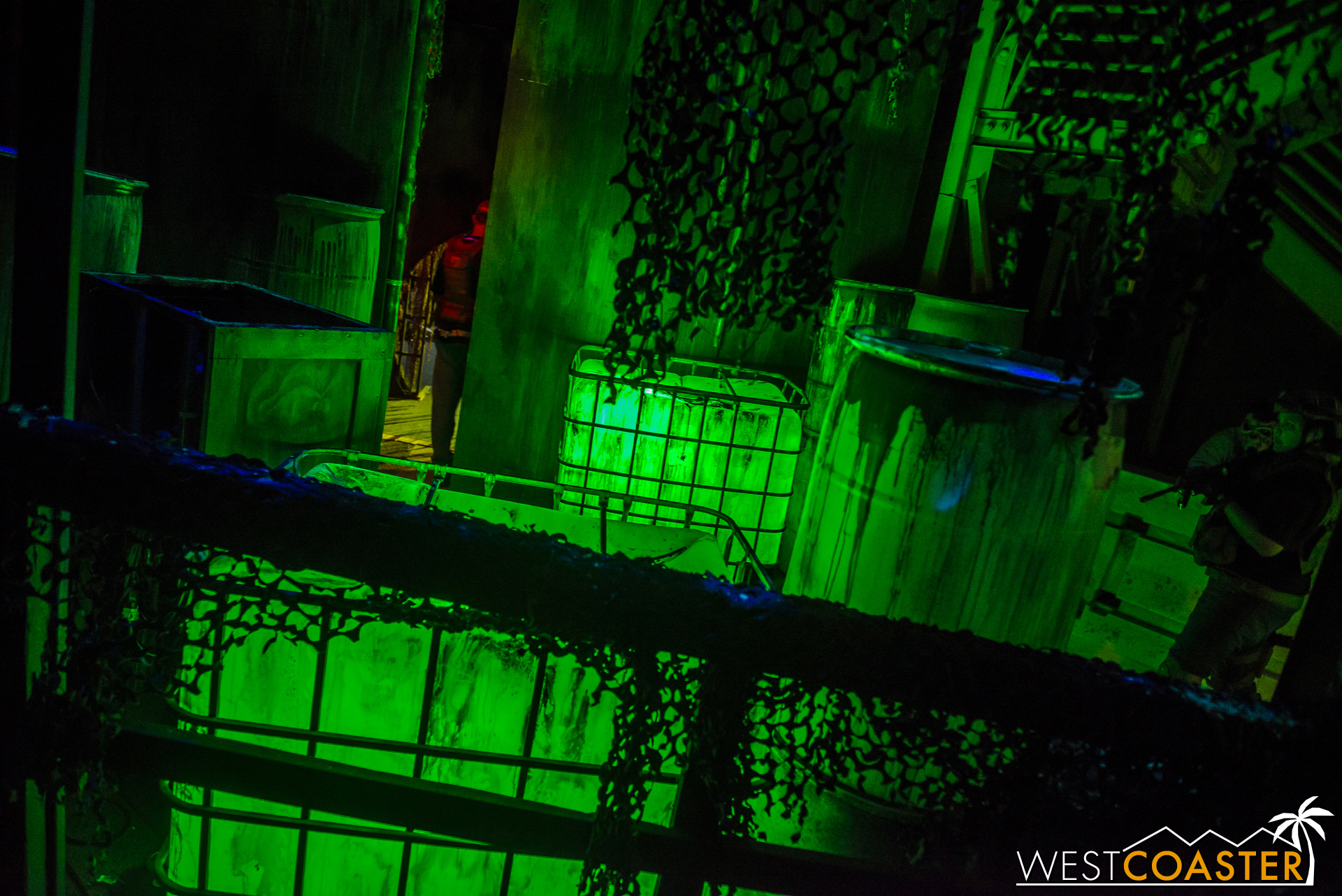 The source of the zombie outbreak lies near the end of the maze. This certainly does not look sanitary!