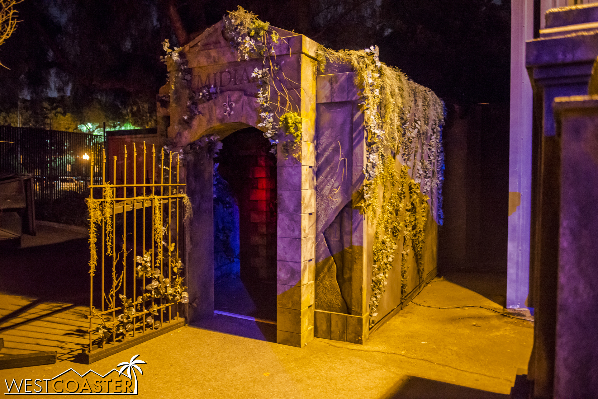 The entrance to Voodoo is through the exit this year. In addition, Fright Lane guests should access Voodoo over by the entrance facade of Trick or Treat, while regular guests access the stand-by line opposite Paranormal Inc.
