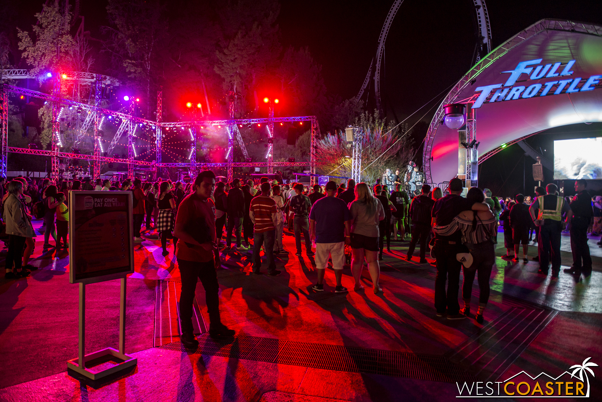 Those looking for some high energy music and dance should head here at night.