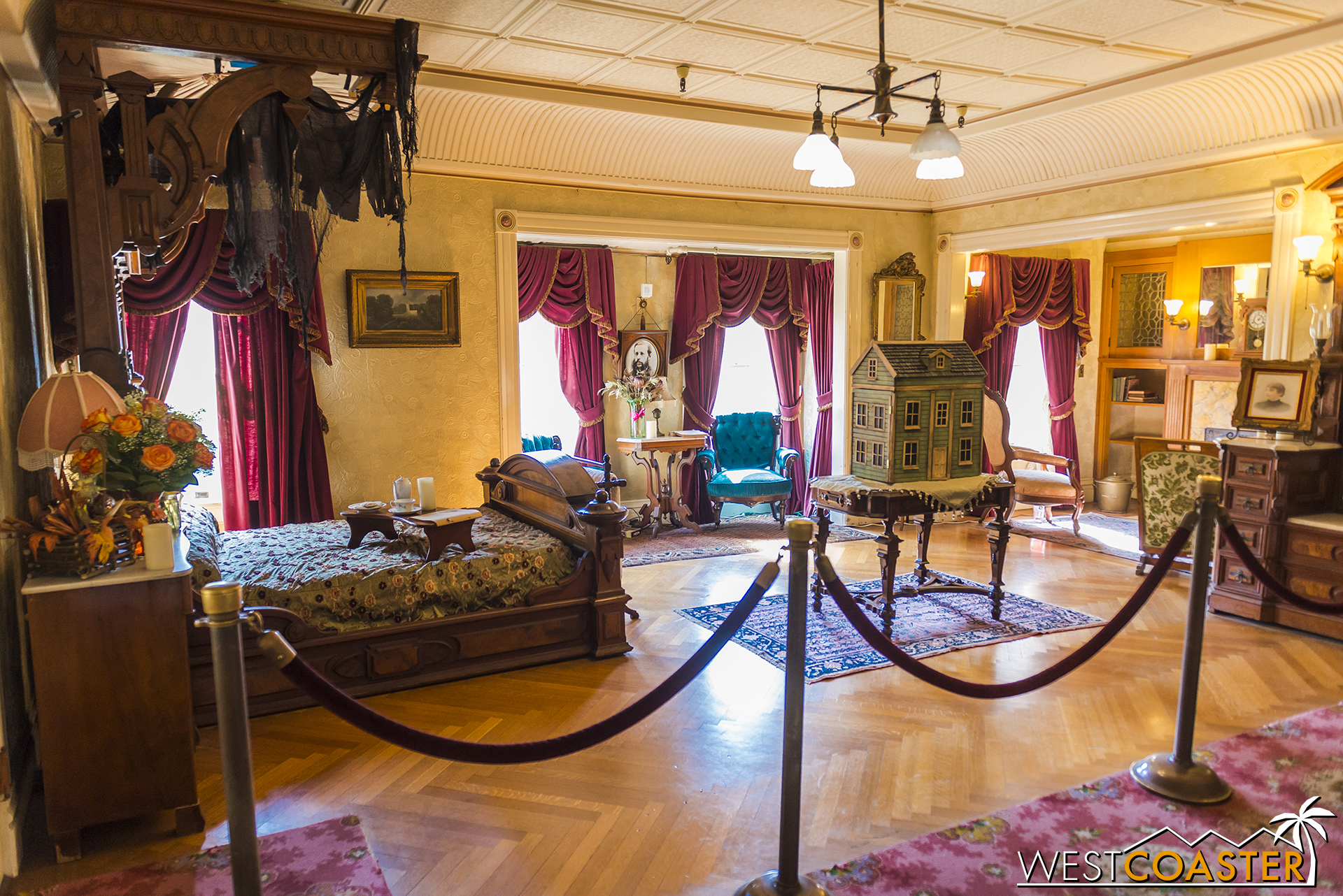 The daytime tours don't really address them, and if one didn't come during the evening or at any other time of the year, he or she might think items like this dollhouse had no specific holiday function.