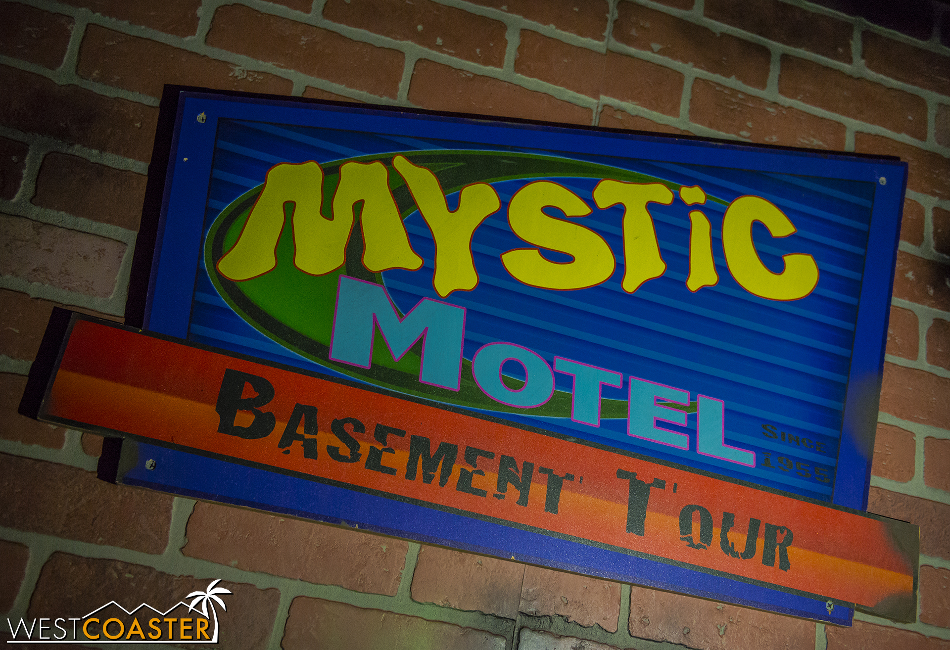 But this home haunted attraction is a lovely offering, and after hearing about it for years, I'm glad I was able to visit!