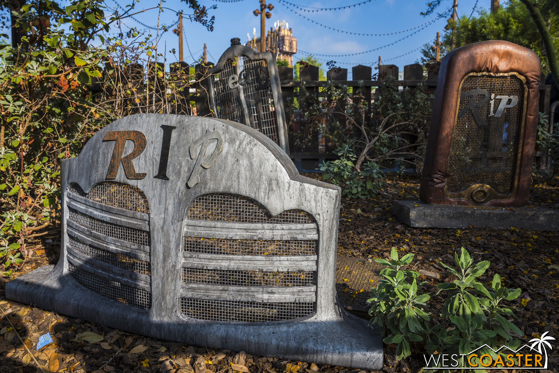 Mater's featured new holiday-themed songs, including some that were Halloween alternates of regular songs.