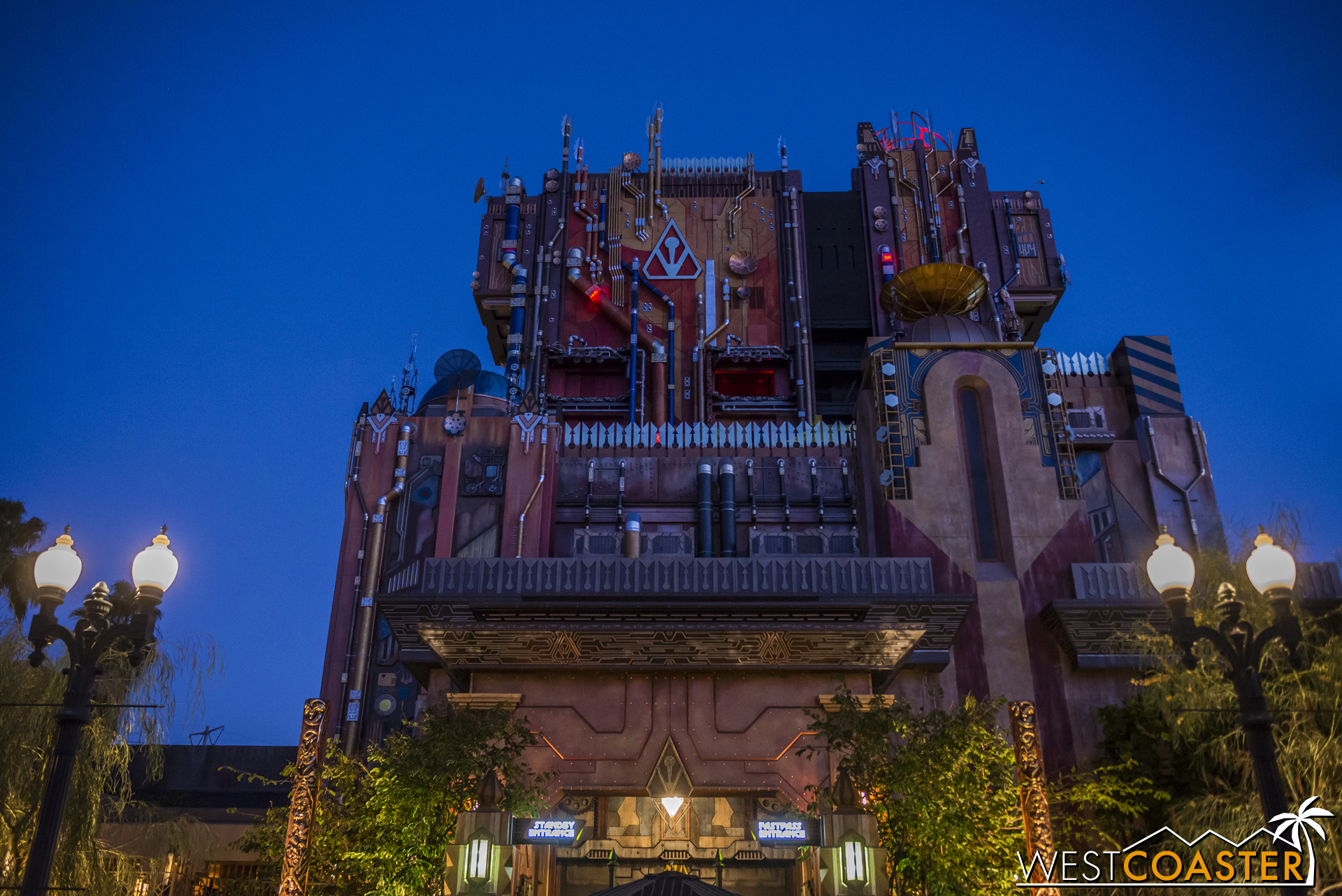 Guests could begin lining up for Fast Passes specifically for Monsters After Dark prior to 3pm, and the ride itself would undergo a switchover between 4 and 5pm.