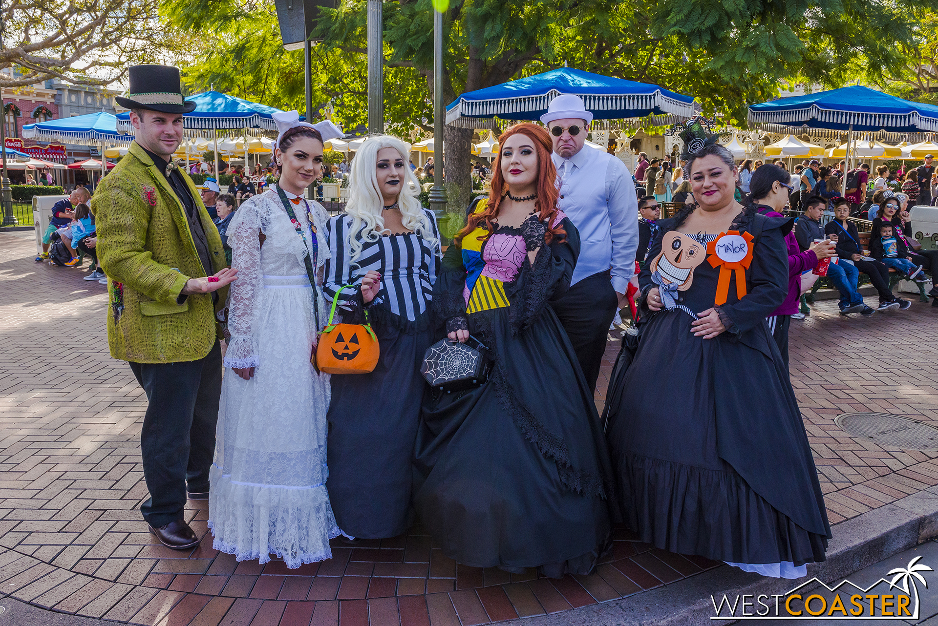 Everyday is Halloween for this  Nightmare Before Christmas  Disney Bounding group!