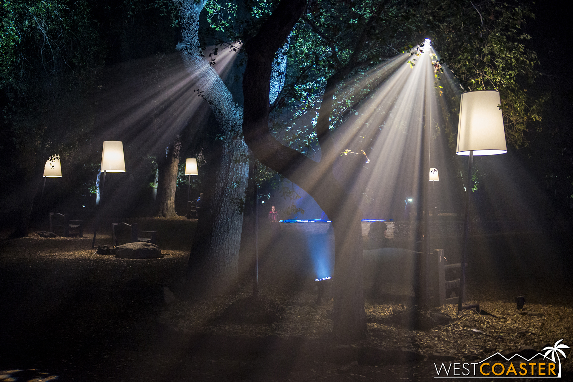 Descanso-17_1201-07-LuminousLawn-0010.jpg