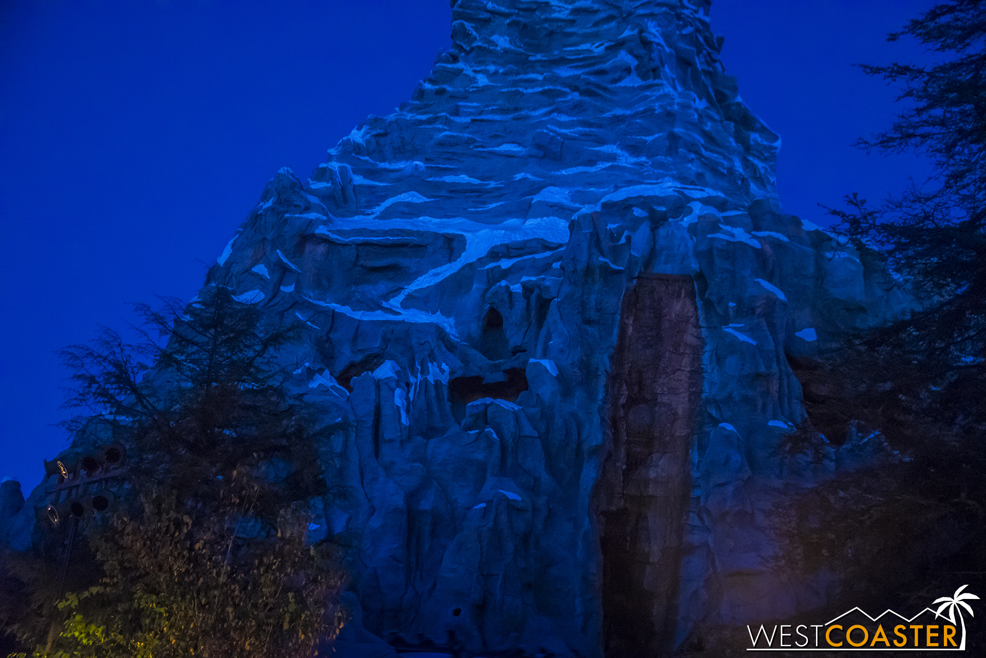 Finally, due to the return of drought conditions, the Matterhorn has turned off its flowing water to save on resources.  Okay, not really, but that sounded believable, right? Matterhorn's not down. The waterfall was just off for some reason on Sunday.