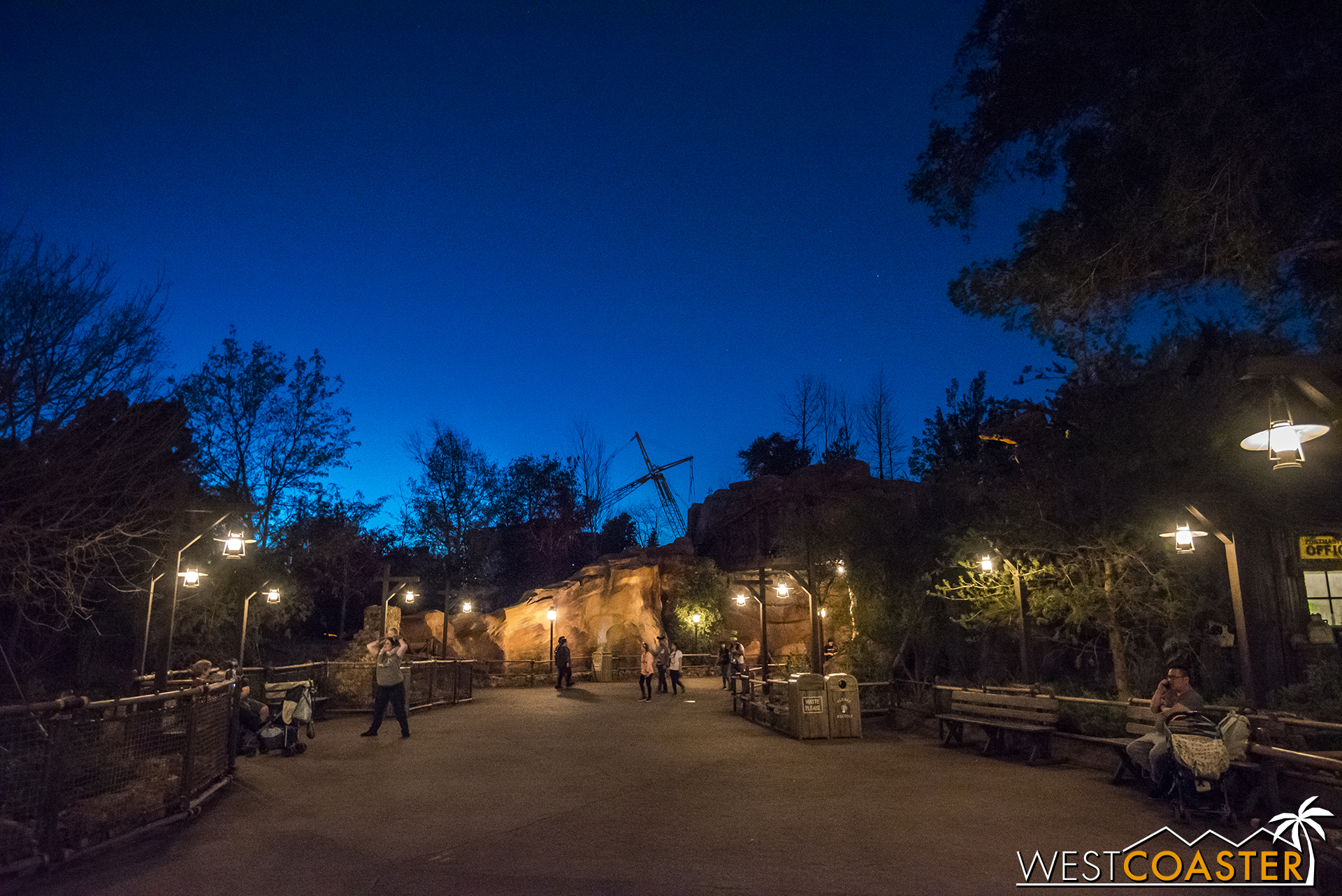 From inside the park, bits and pieces of construction progress can be glimpsed from places like Big Thunder Trail. But still not a whole lot!