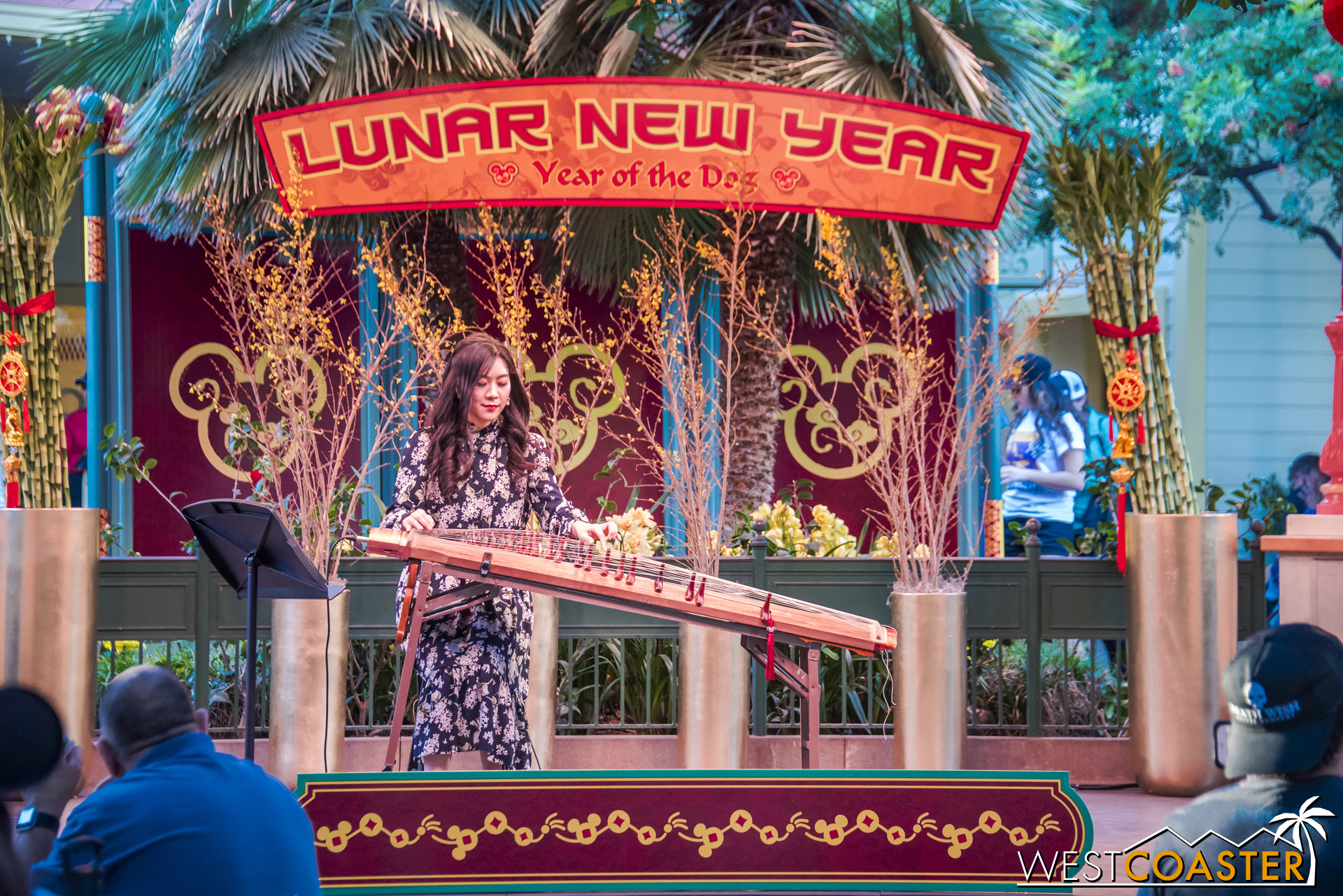 Luna Lee has several 15 minute sets in the Paradise Garden Bandstand.