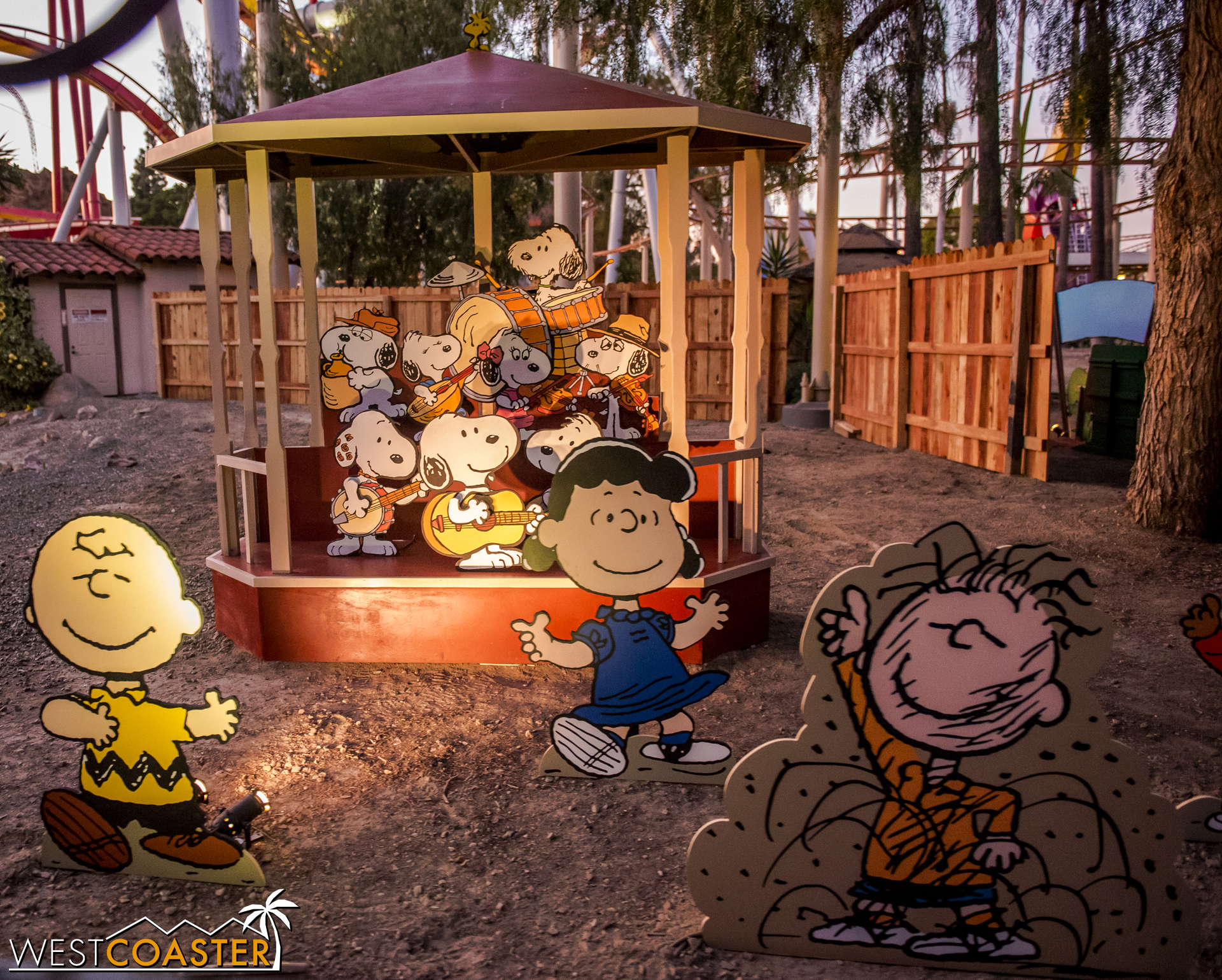 The whole gang dances and celebrates when Snoopy and his family and pals perform!