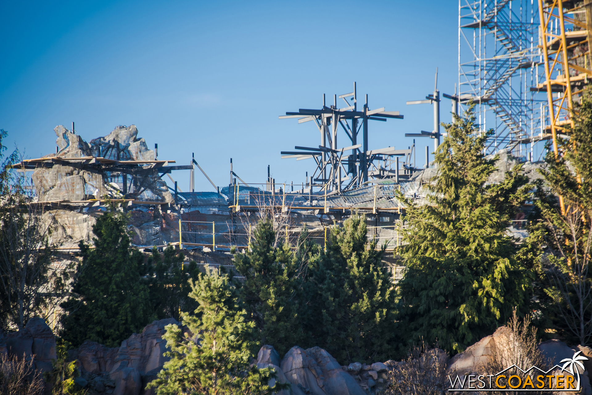 "Had the buildings in the ""town"" area of Galaxy's Edge gone up, there would have been less room to set up and install the rocks."