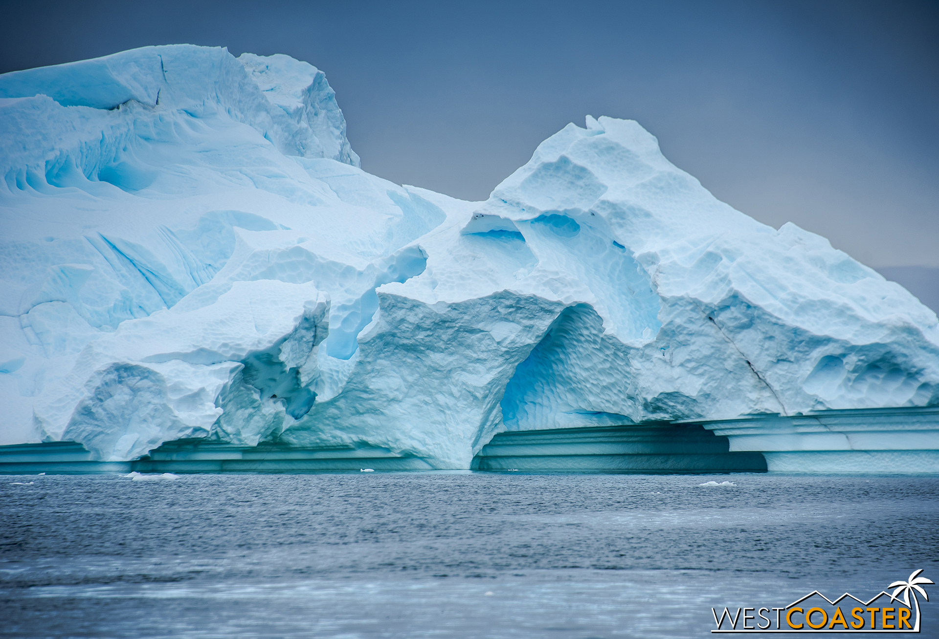 These bands showcase the water erosion and told the story of the iceberg's age and evolution.