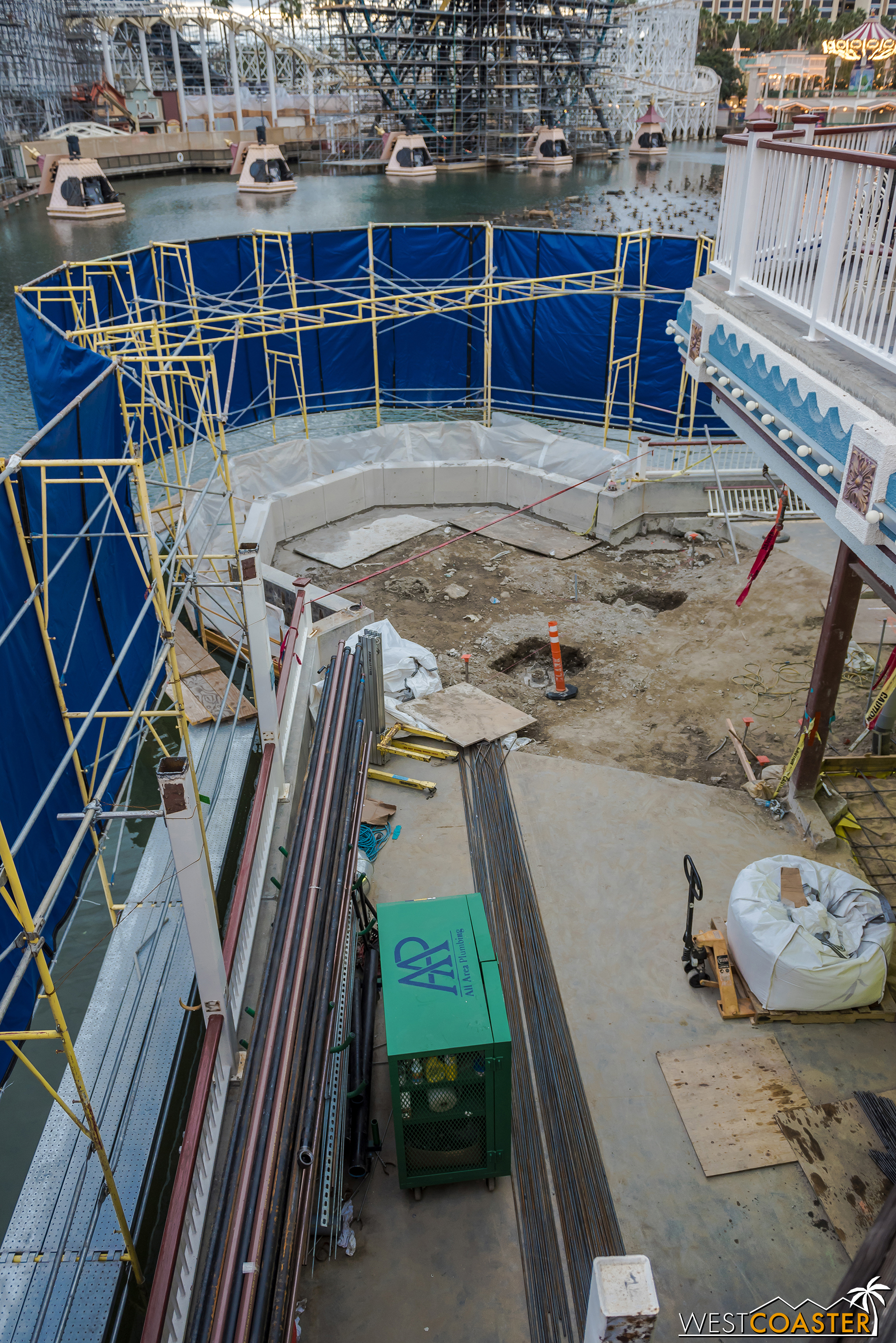 Oh, and they be tearing **** up at the former Ariel's Grotto too!