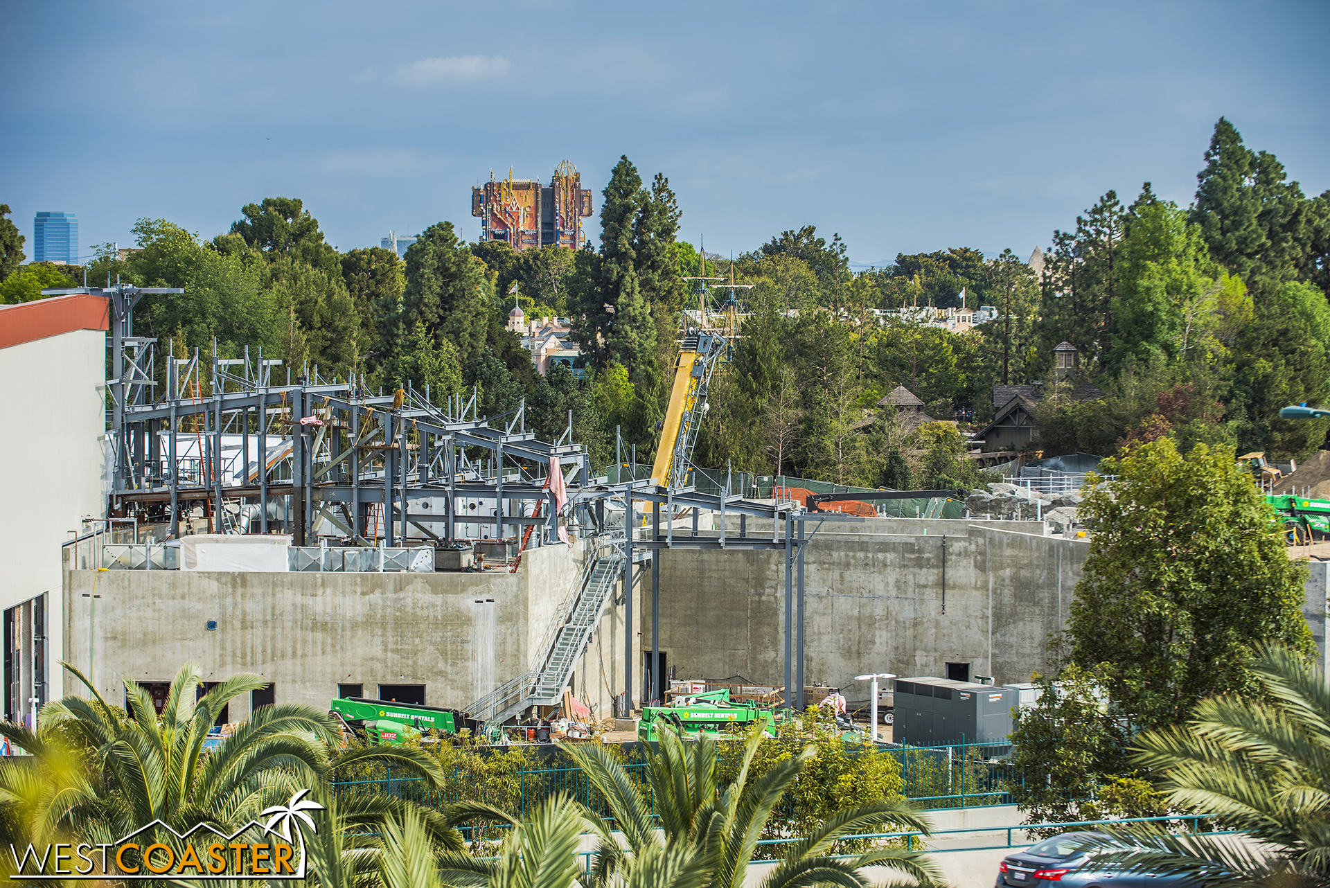 More noticeable development is happening over here at the southwest end of Galaxy's Edge.