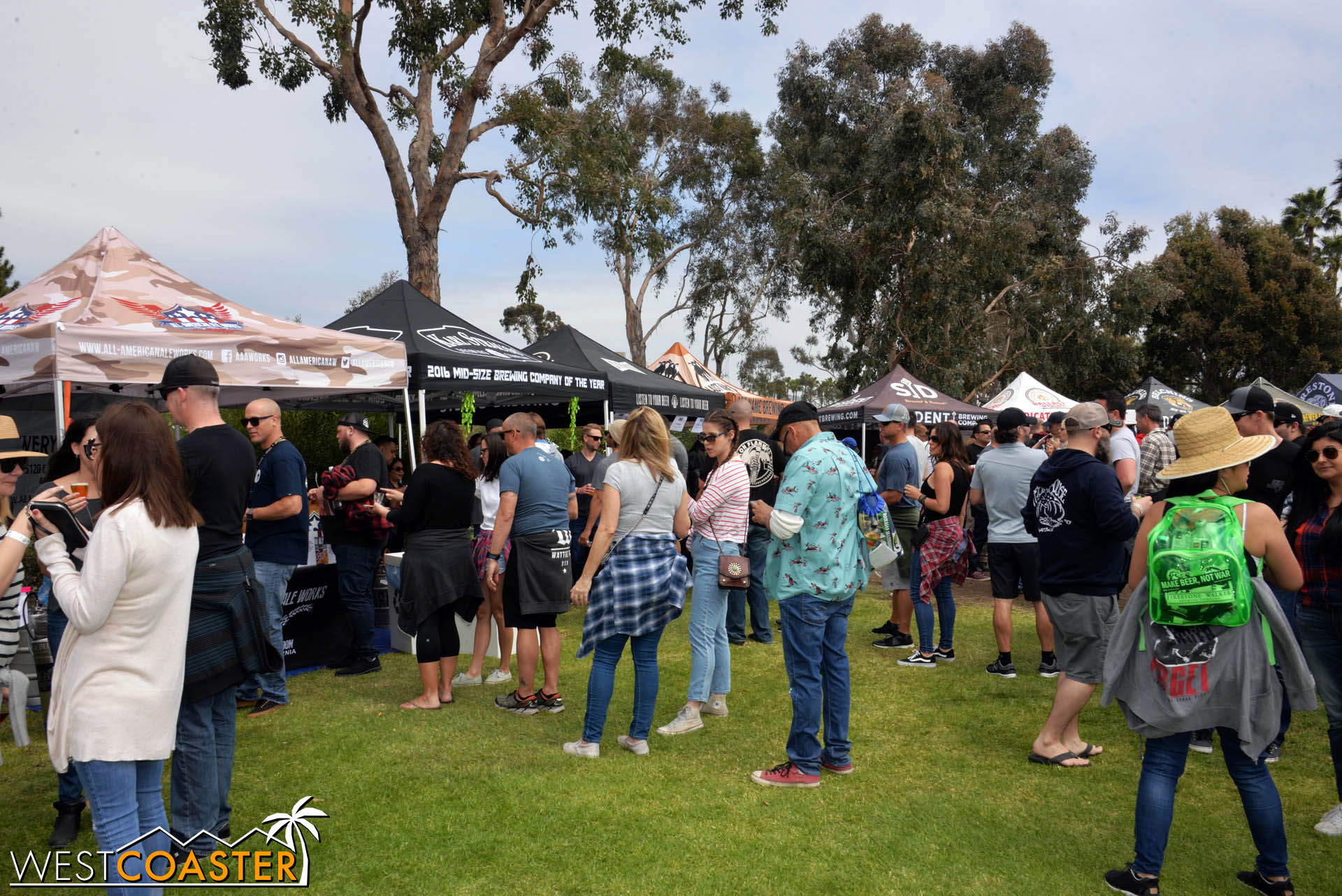But things would get busier later on, especially over in the lawn area, where more beer vendors were distributed.