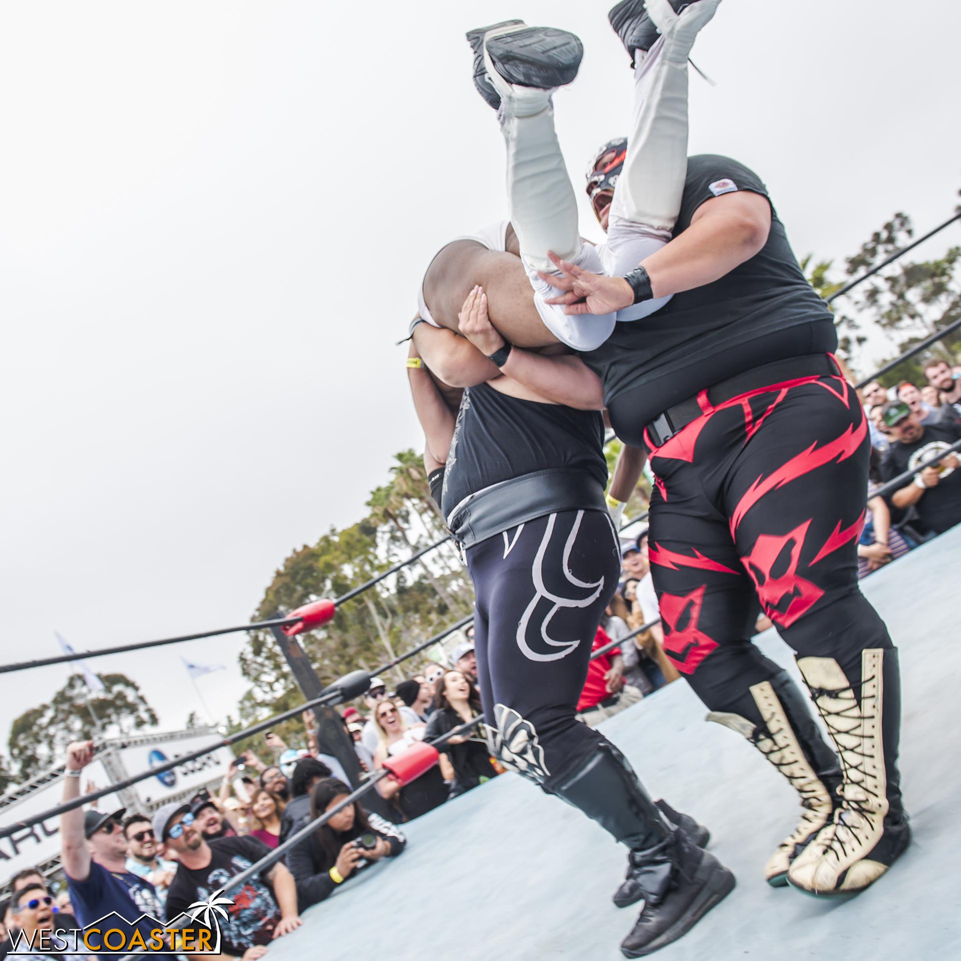 SabrosoFest-18_0410-E-Wrestling-0054.jpg