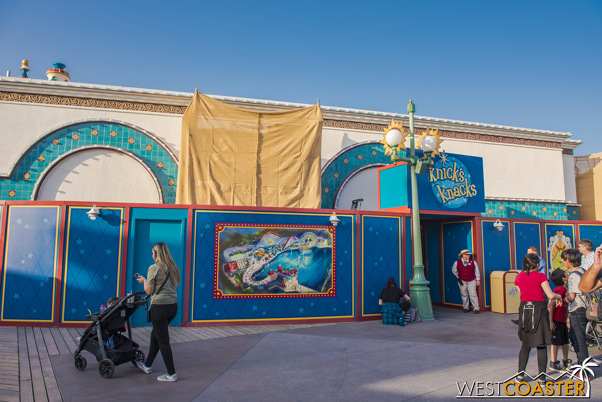 Across the way, the old Treasures in Paradise store has reopened as Knick's Knacks.