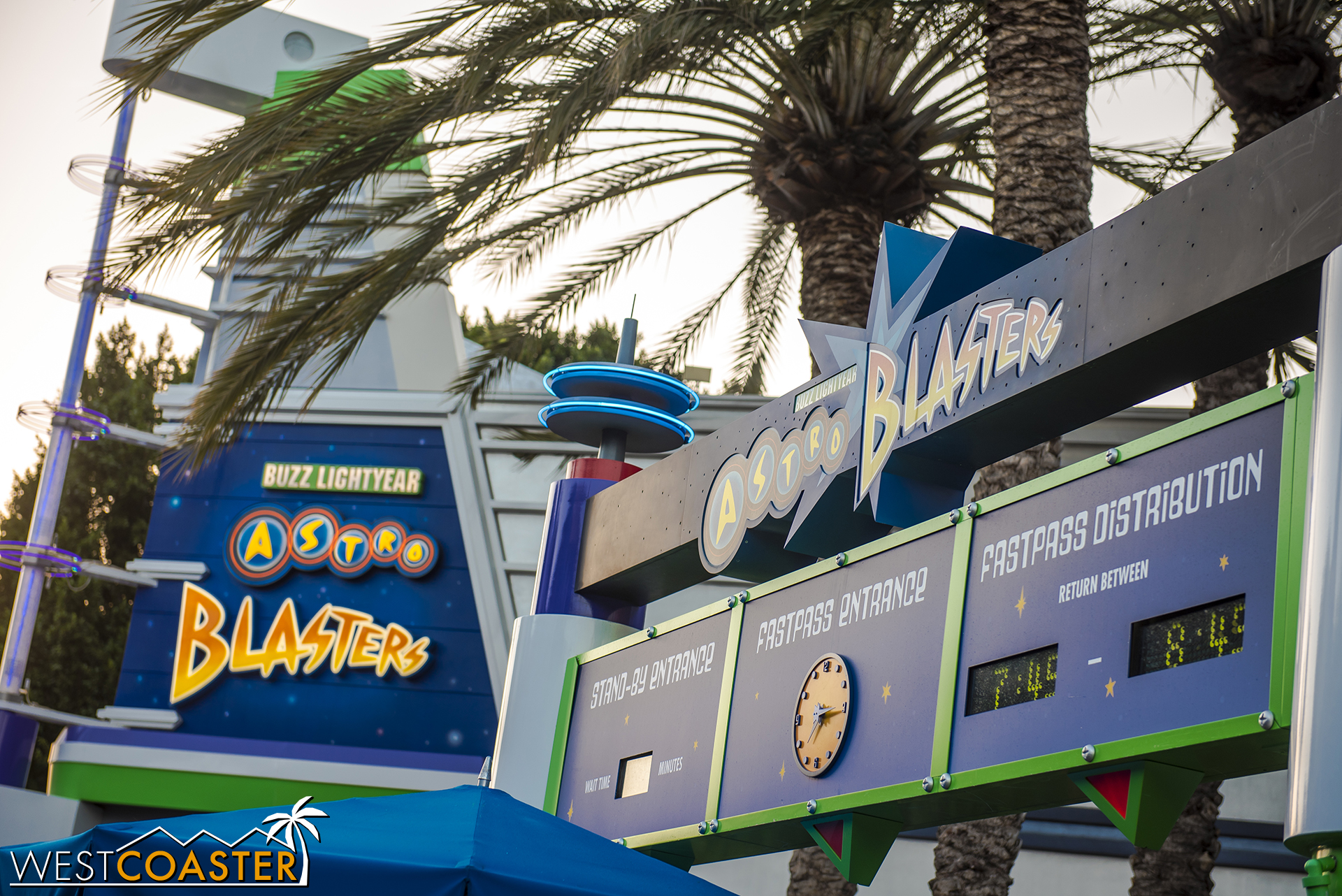 In another stroke of masterfully ingenious synergy, Disney creative also crafted this Buzz Lighyear ride for Pixar Fest—13 years ago.  So brilliant!
