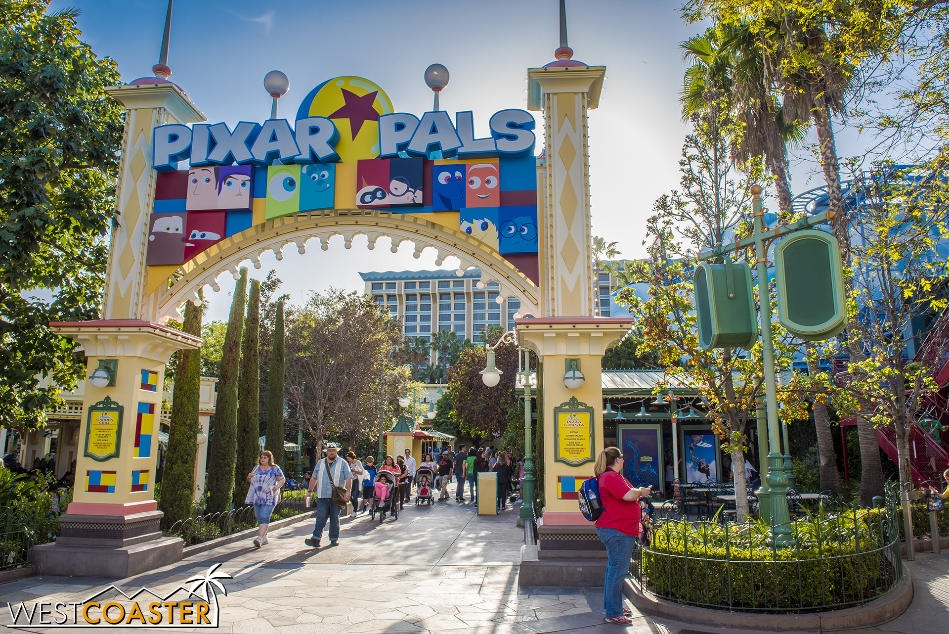Pixar Pals is the name of the activity area that's taken over the Boardwalk Restaurants part of Paradise Pier.