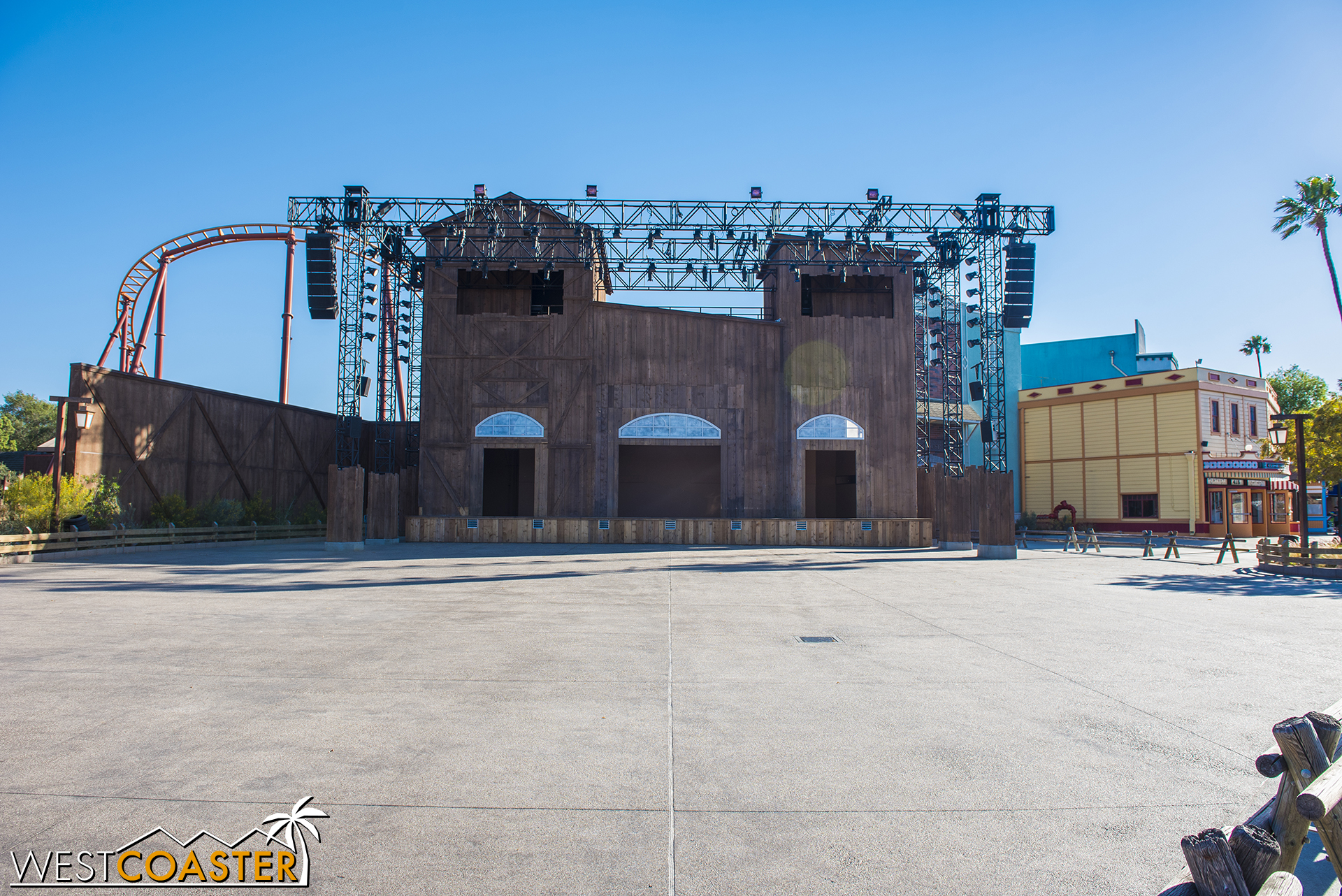 This is what the Calico Stage looks like when no show is going on.  The actual stage itself is removable and can clear a lot of room in front of the facade.