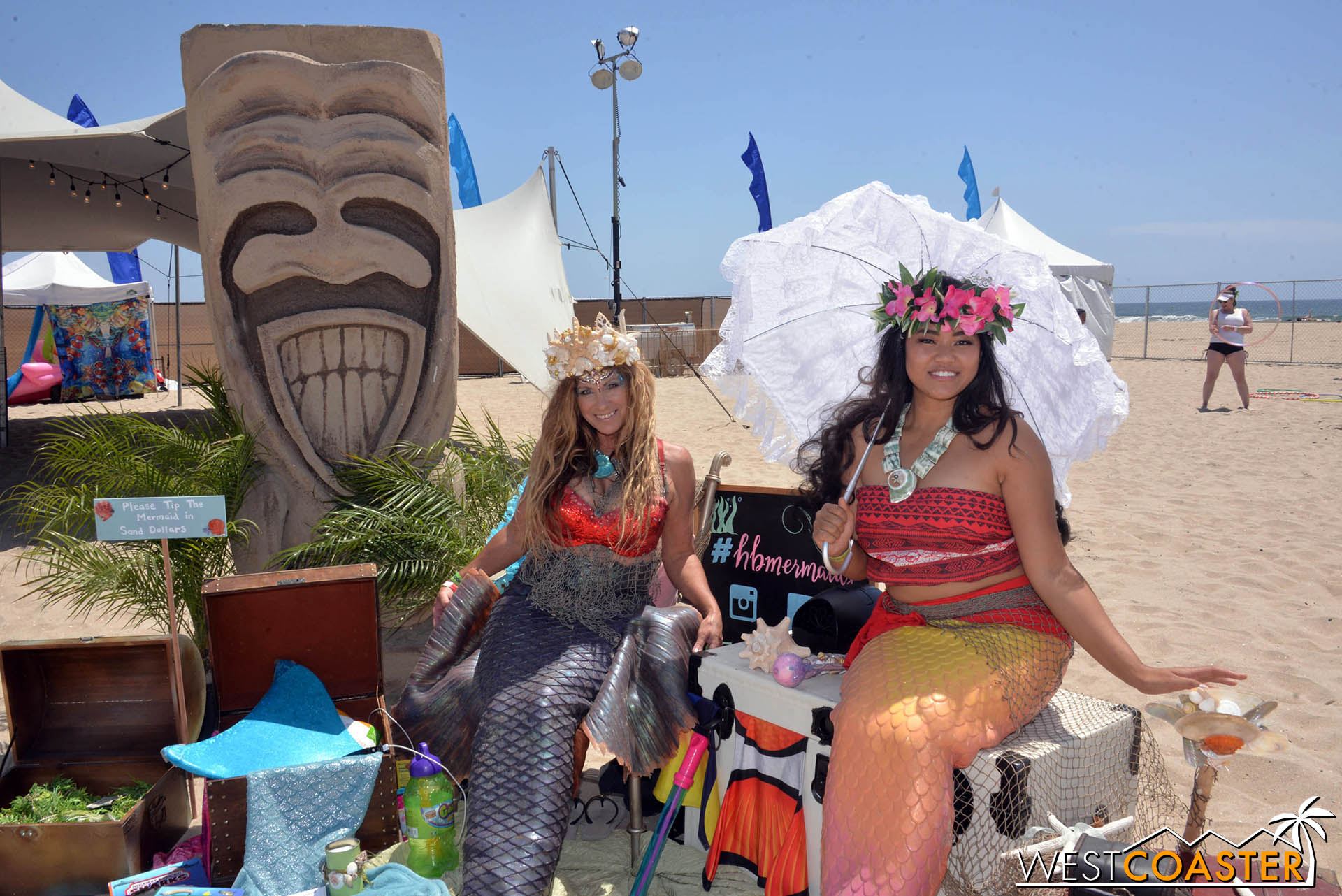 And since it was Huntington Beach, the tiki contingent was pretty strong.