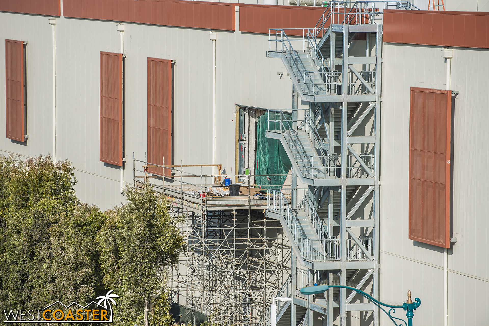 Construction of the First Order attraction continues inside, where we can see absolutely nothing…