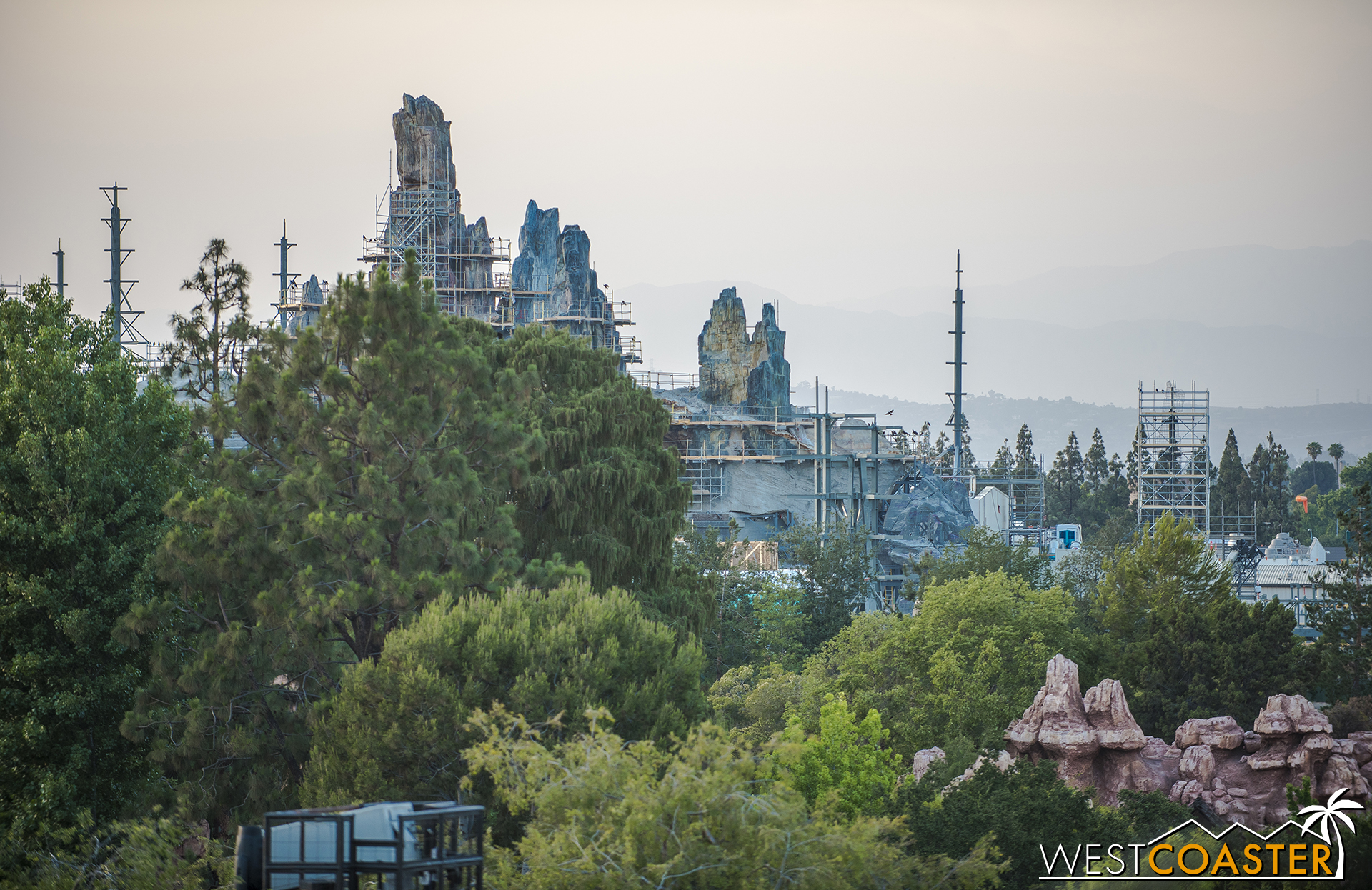 And here's the geology above the treetops from Tarzan's Treehouse.