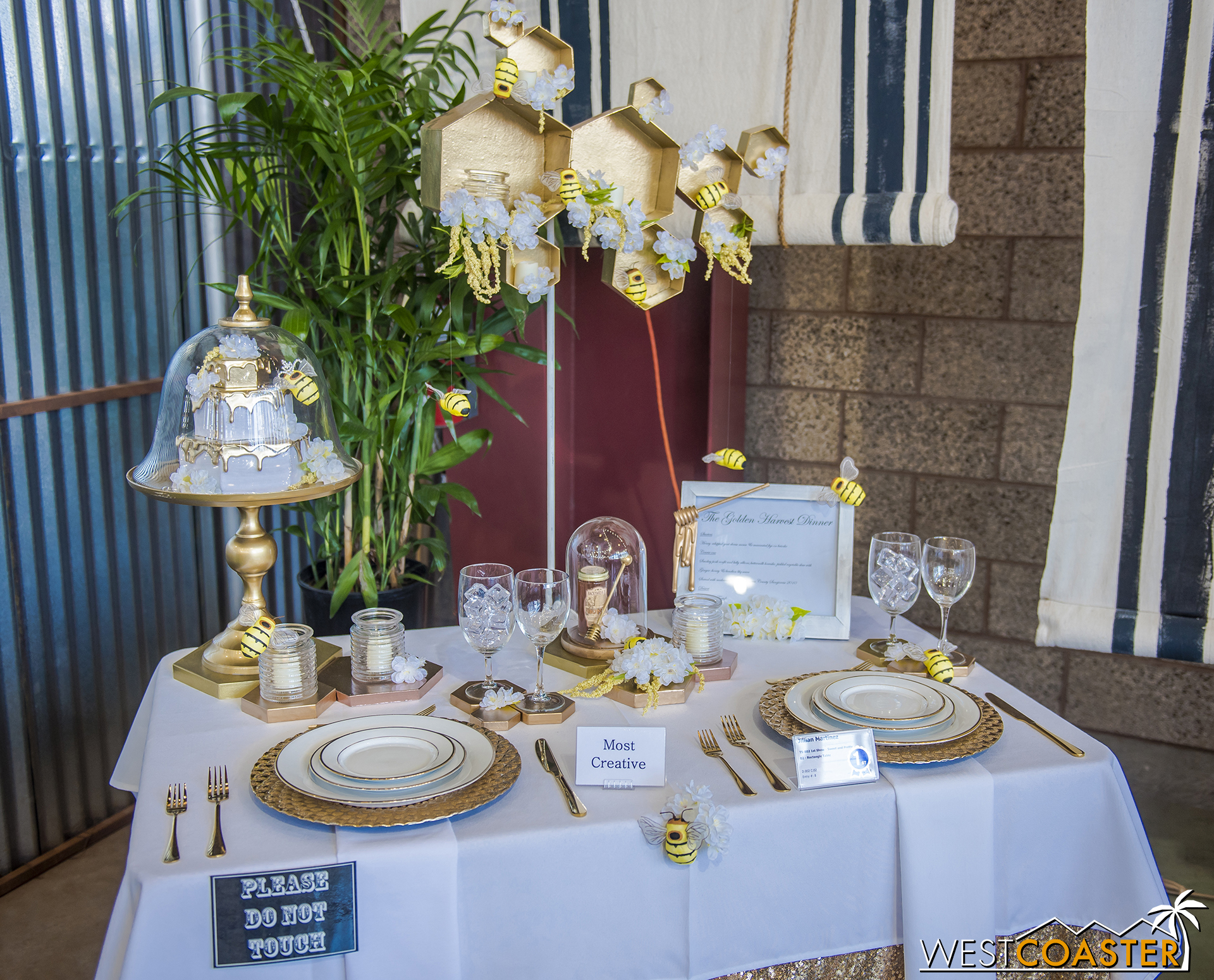 Every year, one of my favorite exhibits at the Fair is the table settings contest.  It can be found in the Culinary Arts hall.