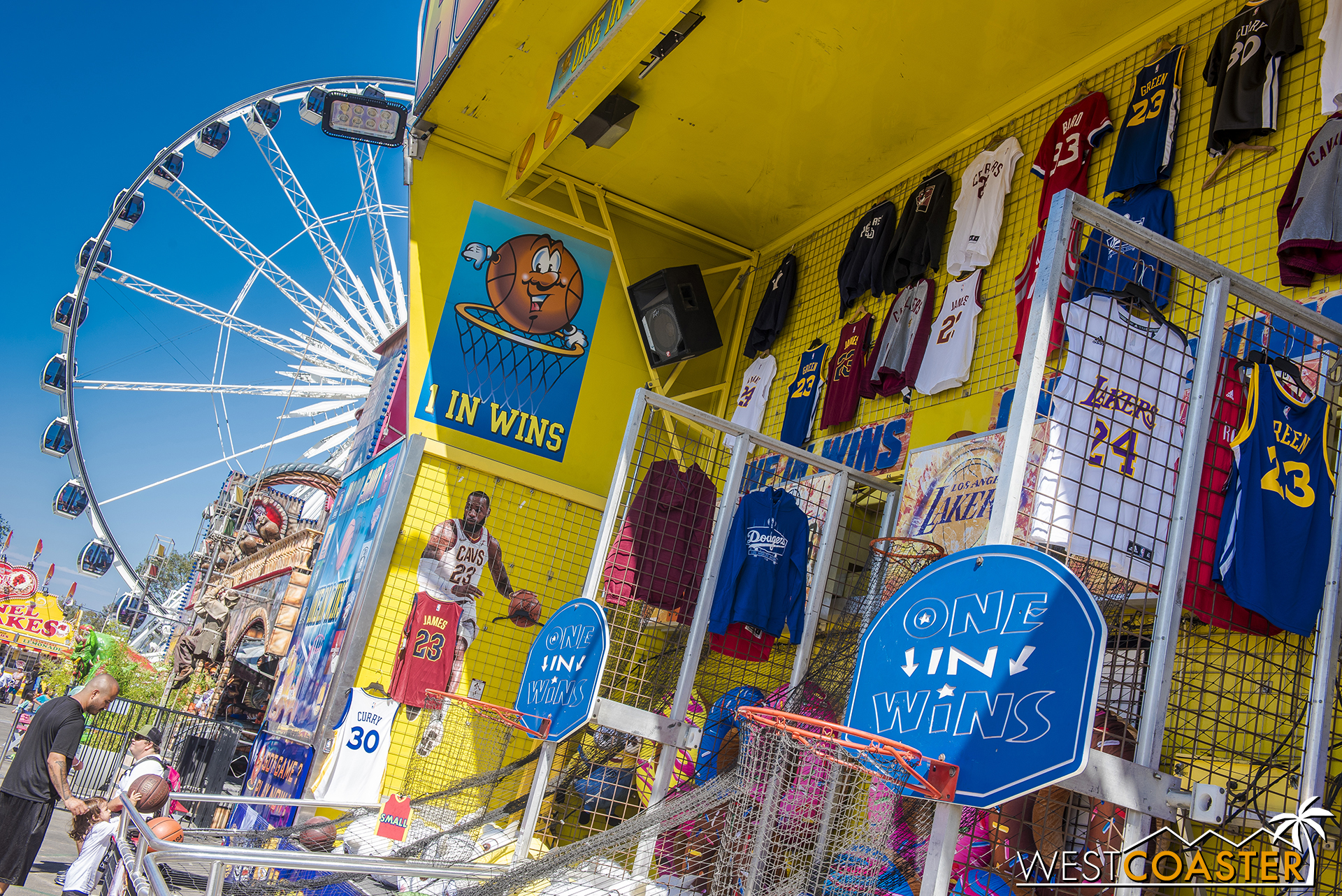 There are plenty of carnival games in both the Family Fairway and Carnival areas too.